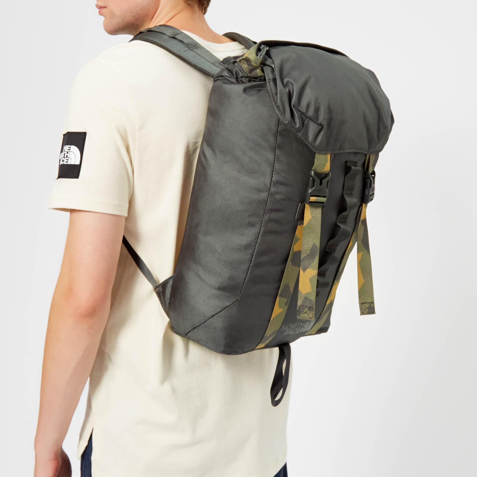 7e2a9c472 The North Face Multicolor Lineage 23l Backpack
