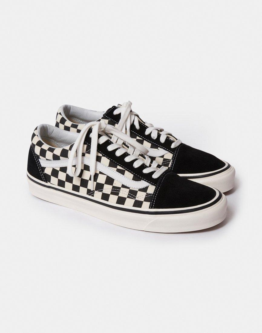 f2d809dd32 Lyst - Vans Old Skool Shoes (trainers) in Black - Save 33%