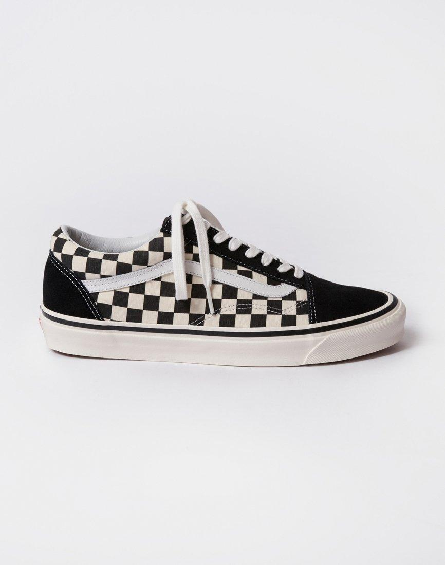 f0a9c50100 Vans Old Skool Shoes (trainers) in Black - Save 48% - Lyst