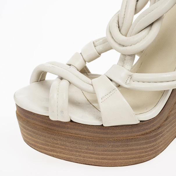 4957267e4a5a Lyst - Gucci Off Leather Kotao Wedge Sandals in White