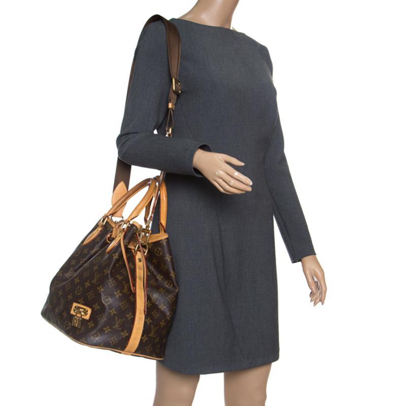 6b919b5c1d89 Lyst - Louis Vuitton Monogram Canvas Neo Bucket Bag in Brown