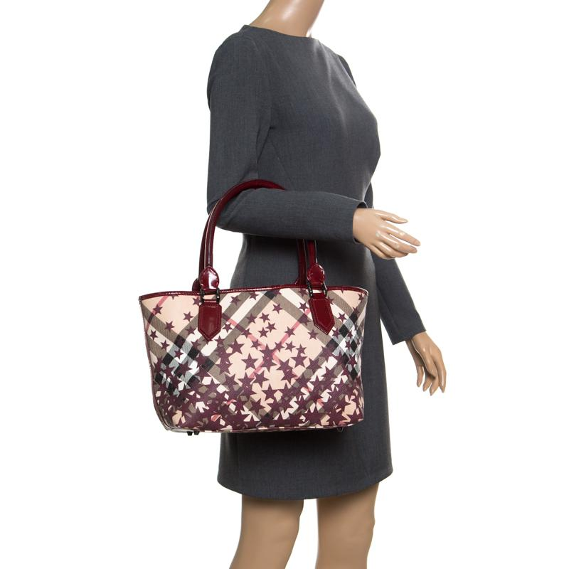 Burberry - Multicolor  beige Nova Check Canvas And Leather Nickie Stars Tote  - Lyst. View fullscreen eb5d071ce6