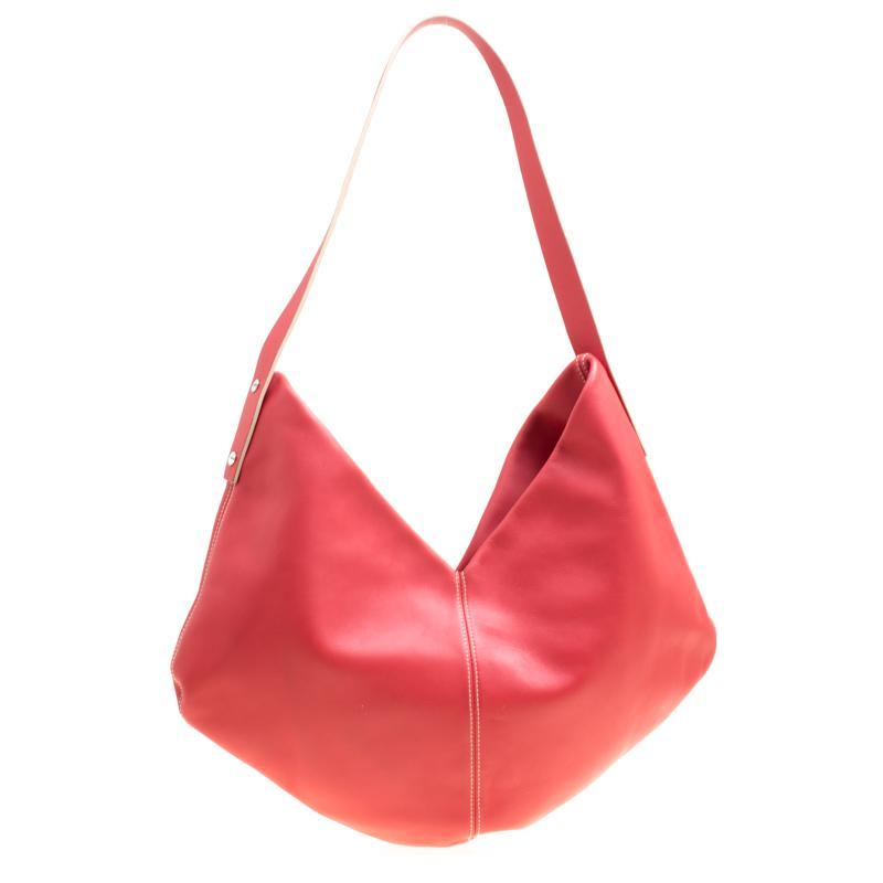 5e0b0b82214 Loewe - Red Cerise Leather Hobo - Lyst. View fullscreen