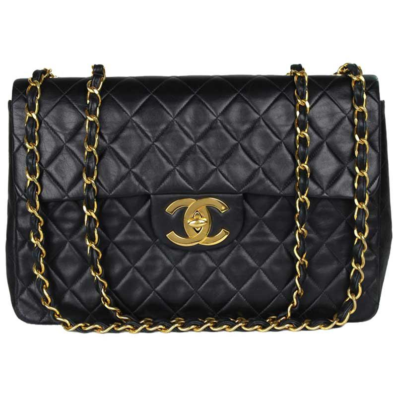 b077c8ed0402 Chanel Quilted Lambskin Maxi Jumbo Vintage Classic Flap Bag in Black ...