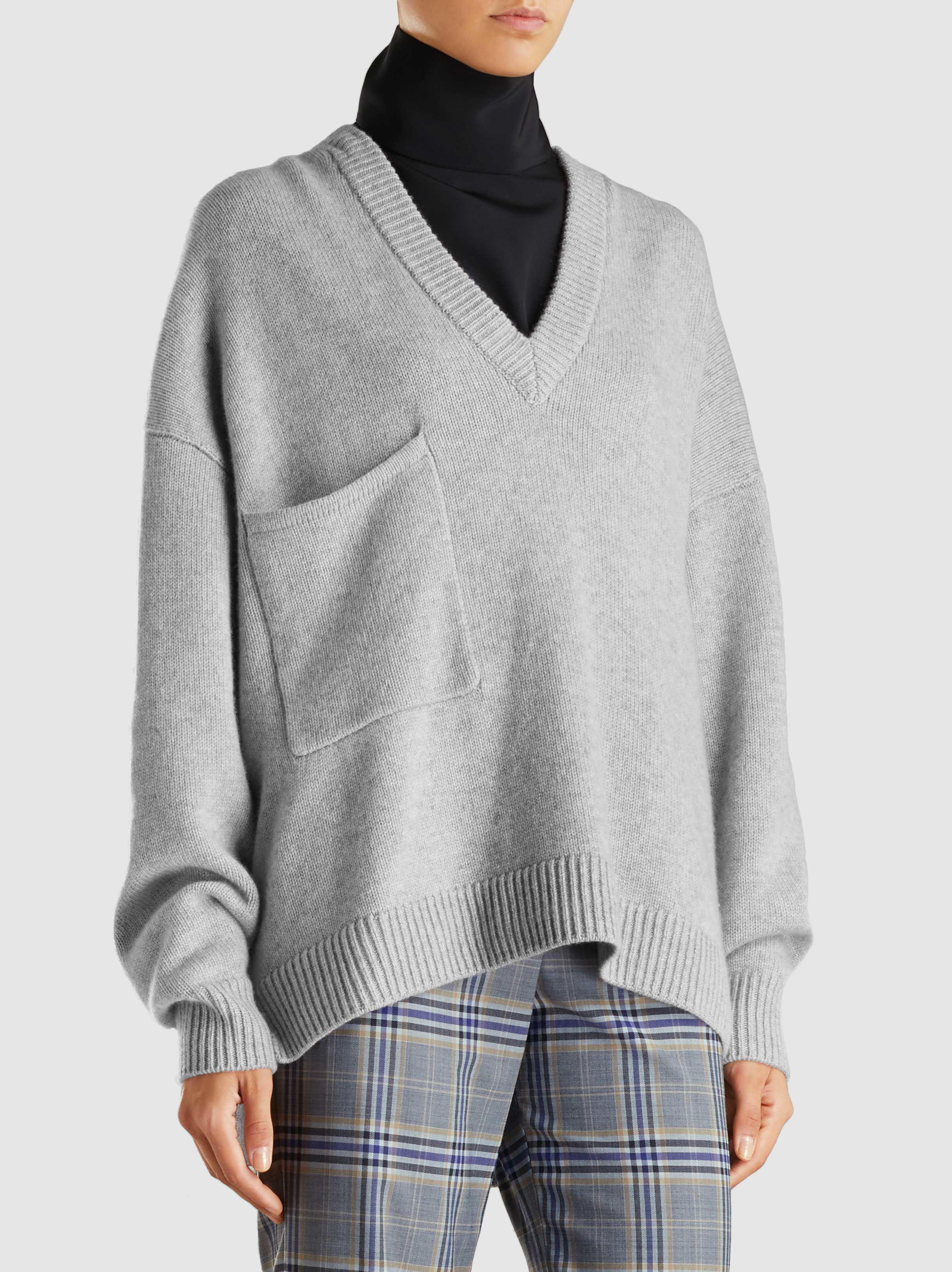 48a77217c33861 Tibi Deep V-neck Oversized Cashmere Sweater in Gray - Lyst