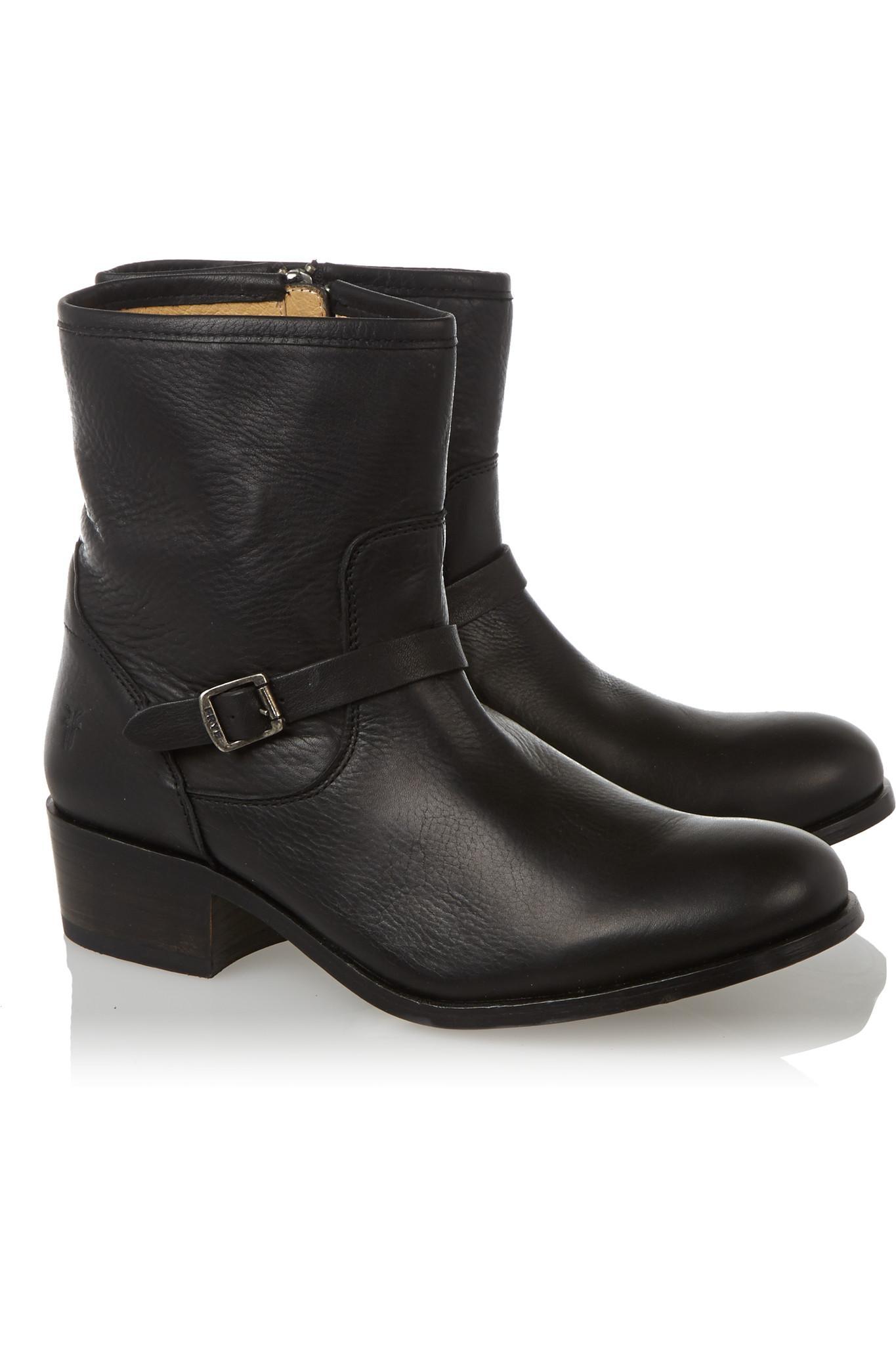 Frye Lynn Leather Boots in Black