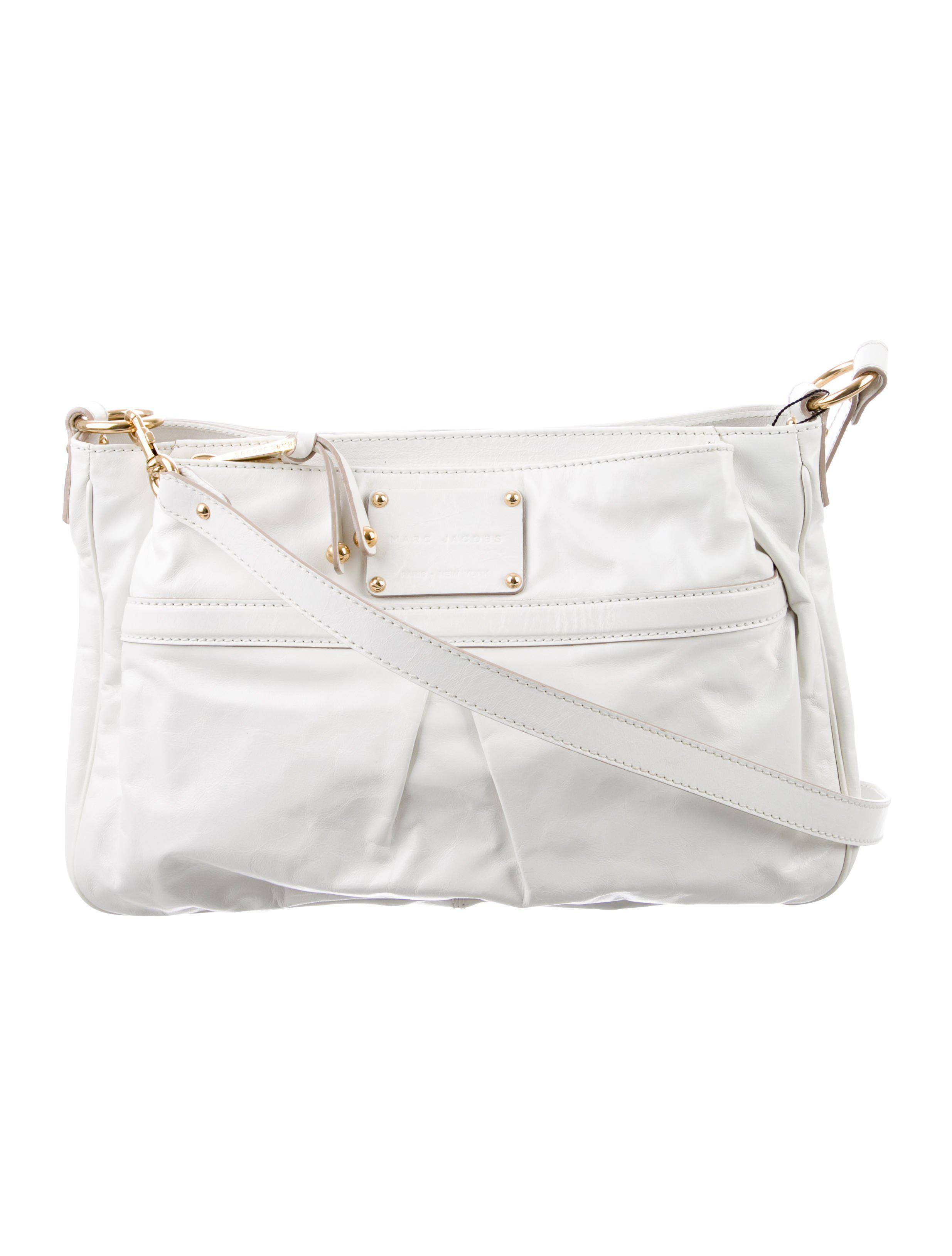 Lyst - Marc Jacobs Pleated Leather Crossbody Bag Gold in Metallic 7999930c0e