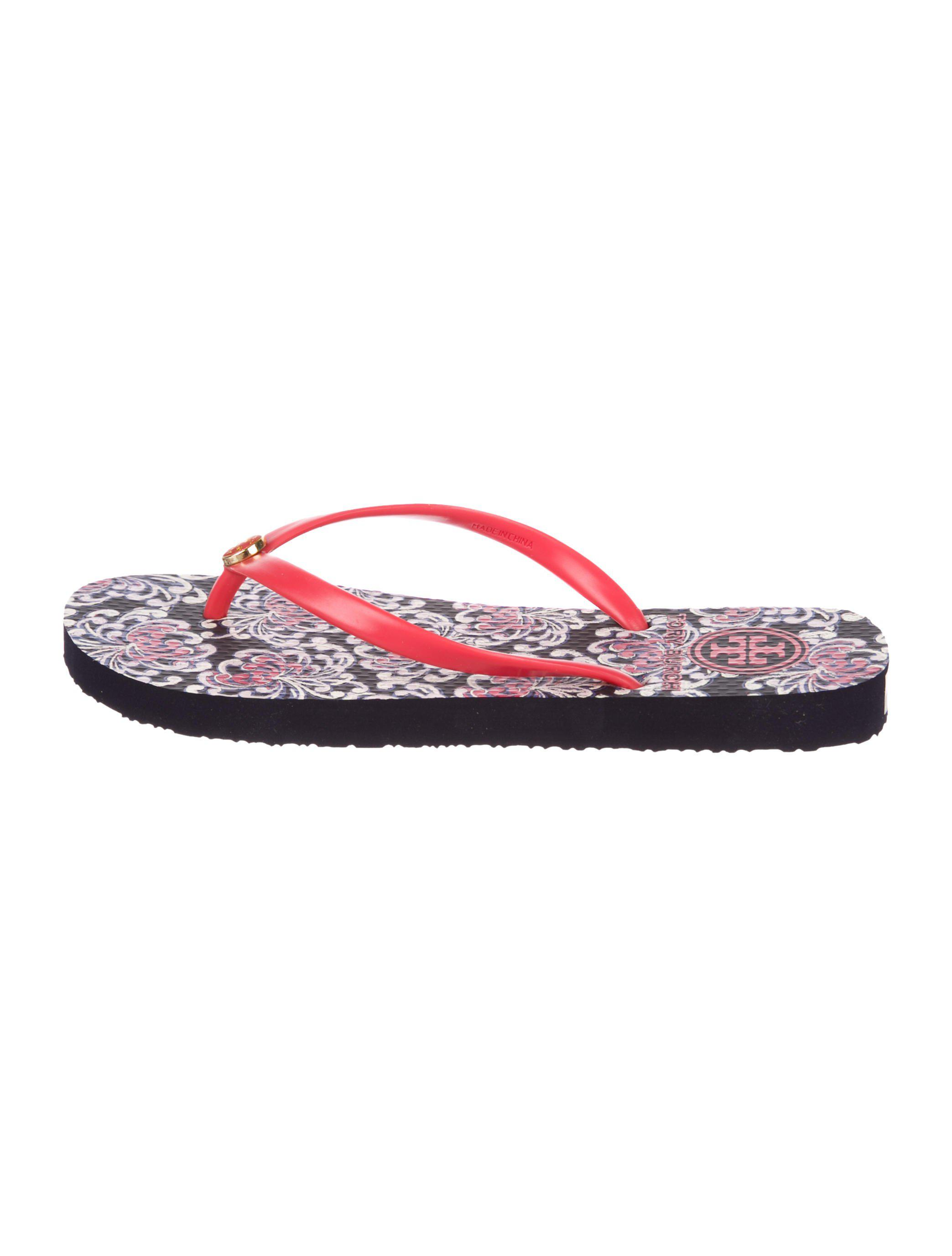 b449492c7d2 Lyst - Tory Burch Logo Thong Sandals W  Tags in Red