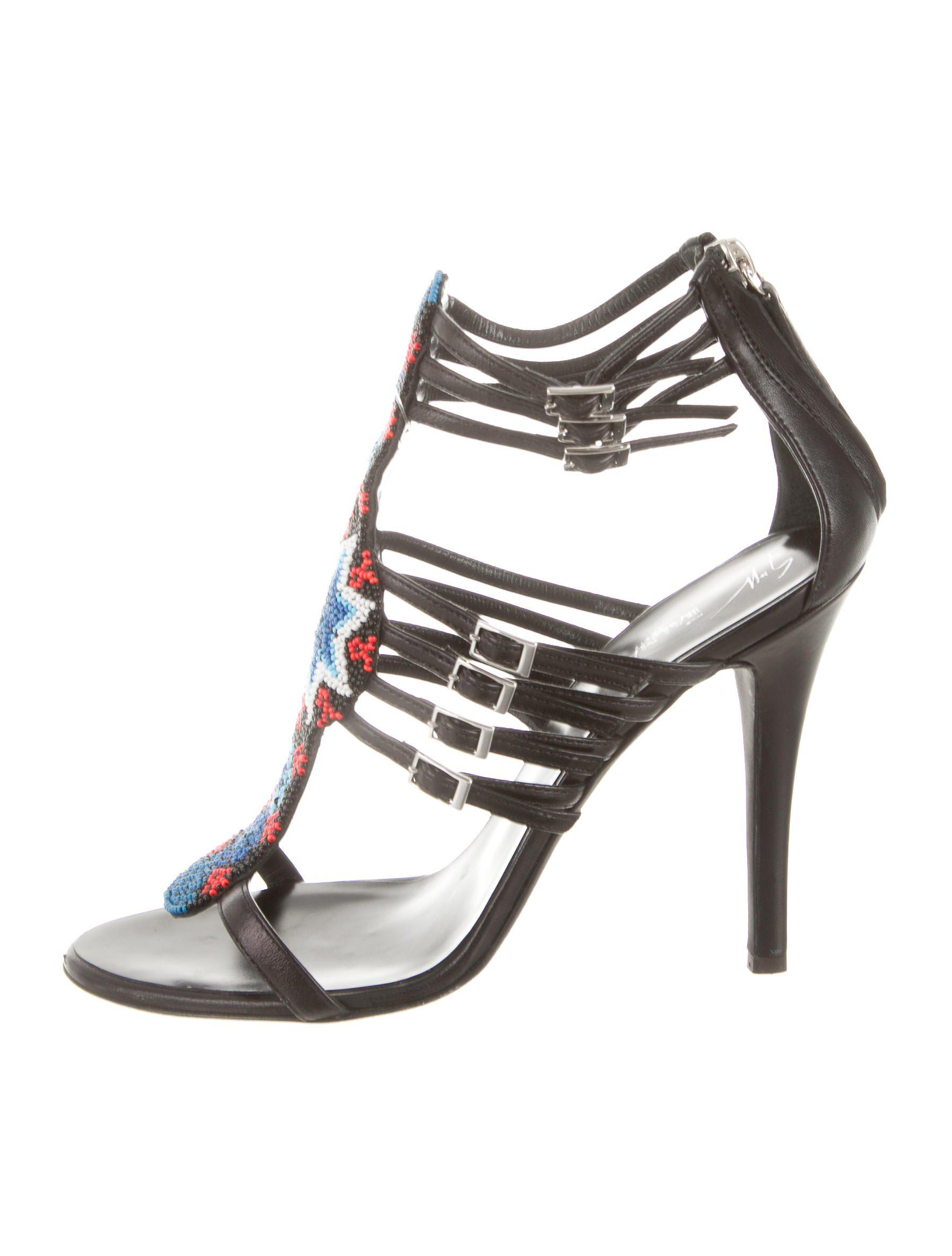 Giuseppe Zanotti Bead-Embellished Patent Leather Sandals 2014 newest online clearance cheap price free shipping fashionable lGlhh7WT