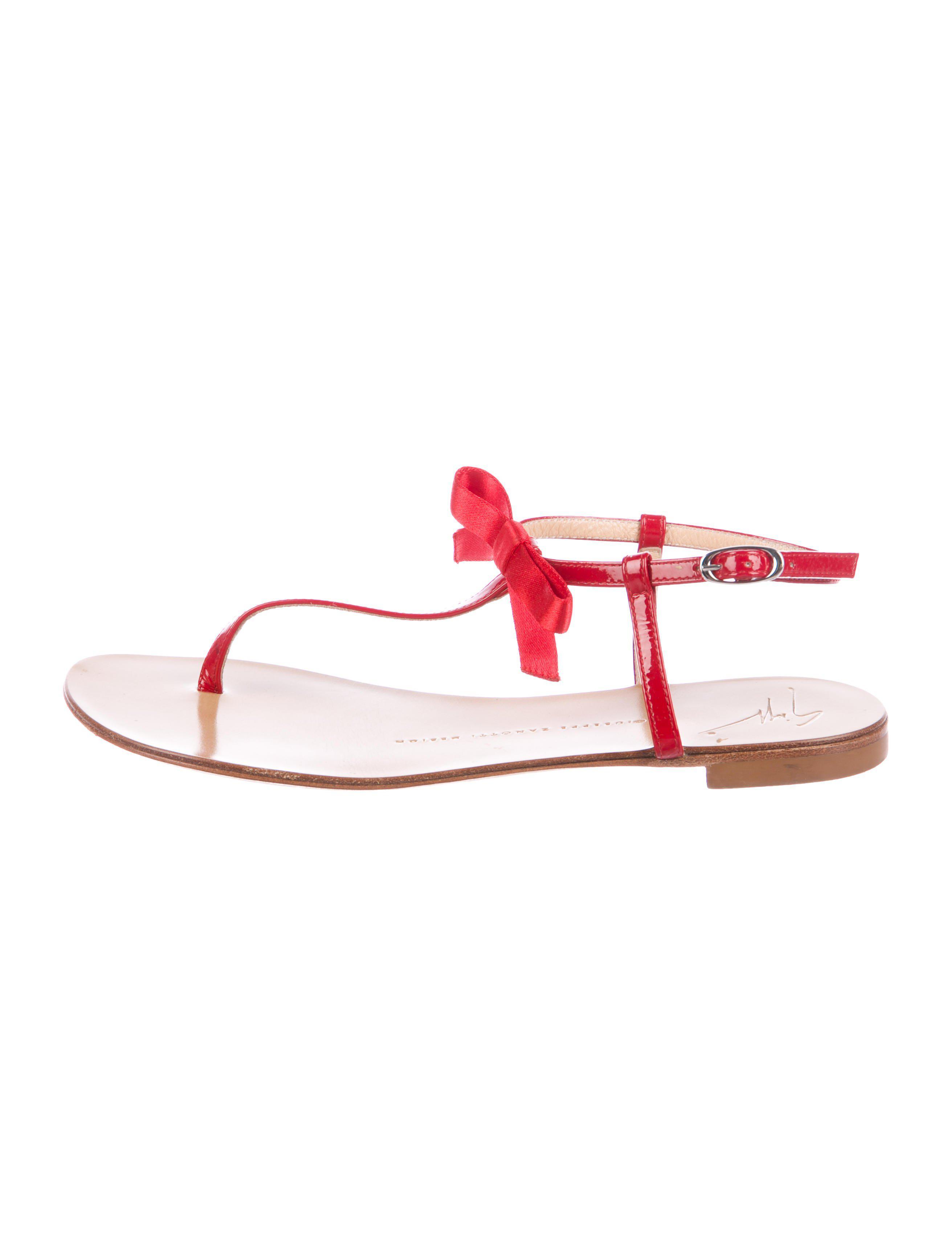 3b7491fb195e Giuseppe Zanotti - Red Bow Thong Sandals - Lyst. View fullscreen