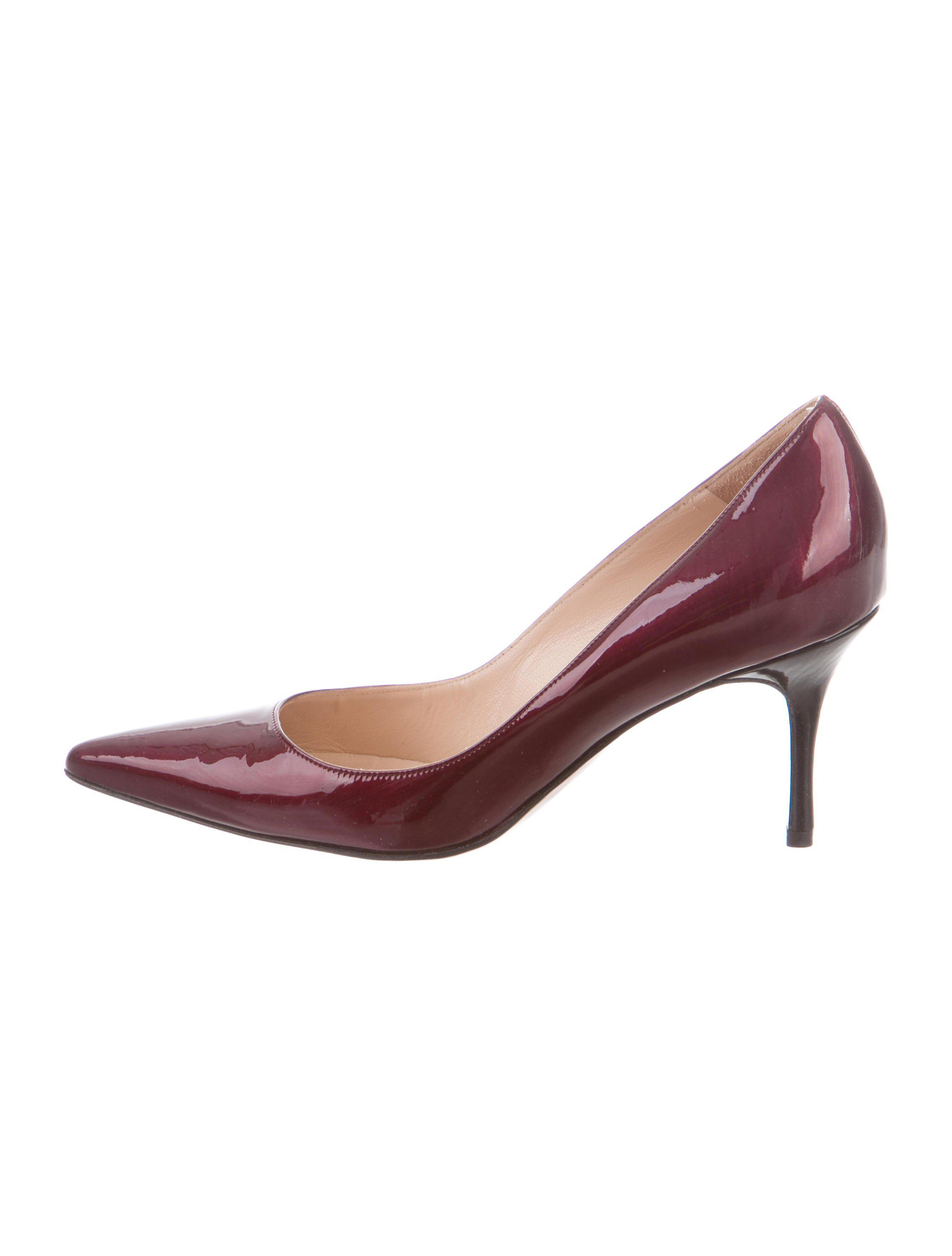 Manolo Blahnik Patent Leather Pointed-Toe Pumps w/ Tags cheap Manchester oiOsol9P