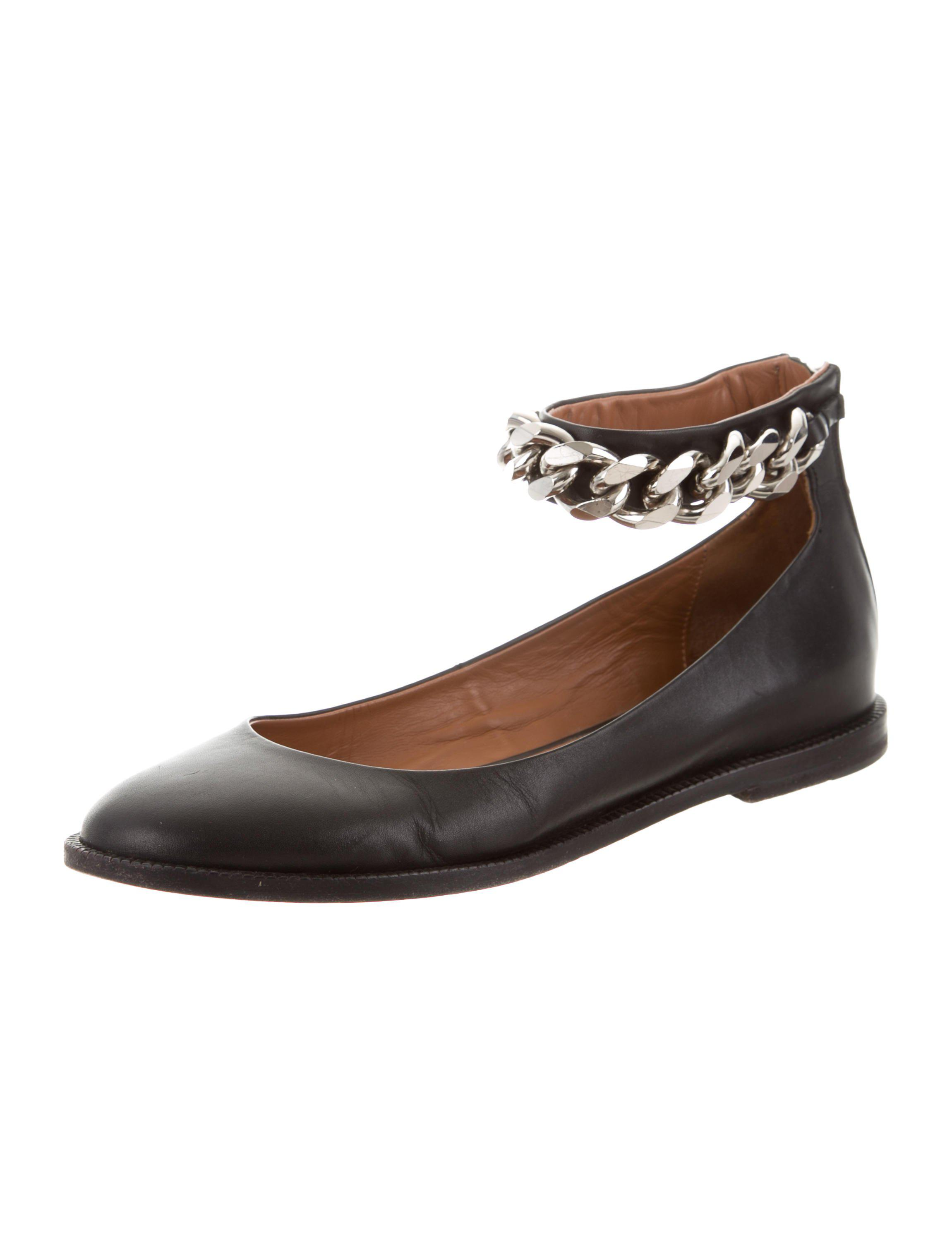 Burberry Chain-Link Round-Toe Flats pay with visa online free shipping pay with paypal buy cheap pick a best 2vyHkpdjy9