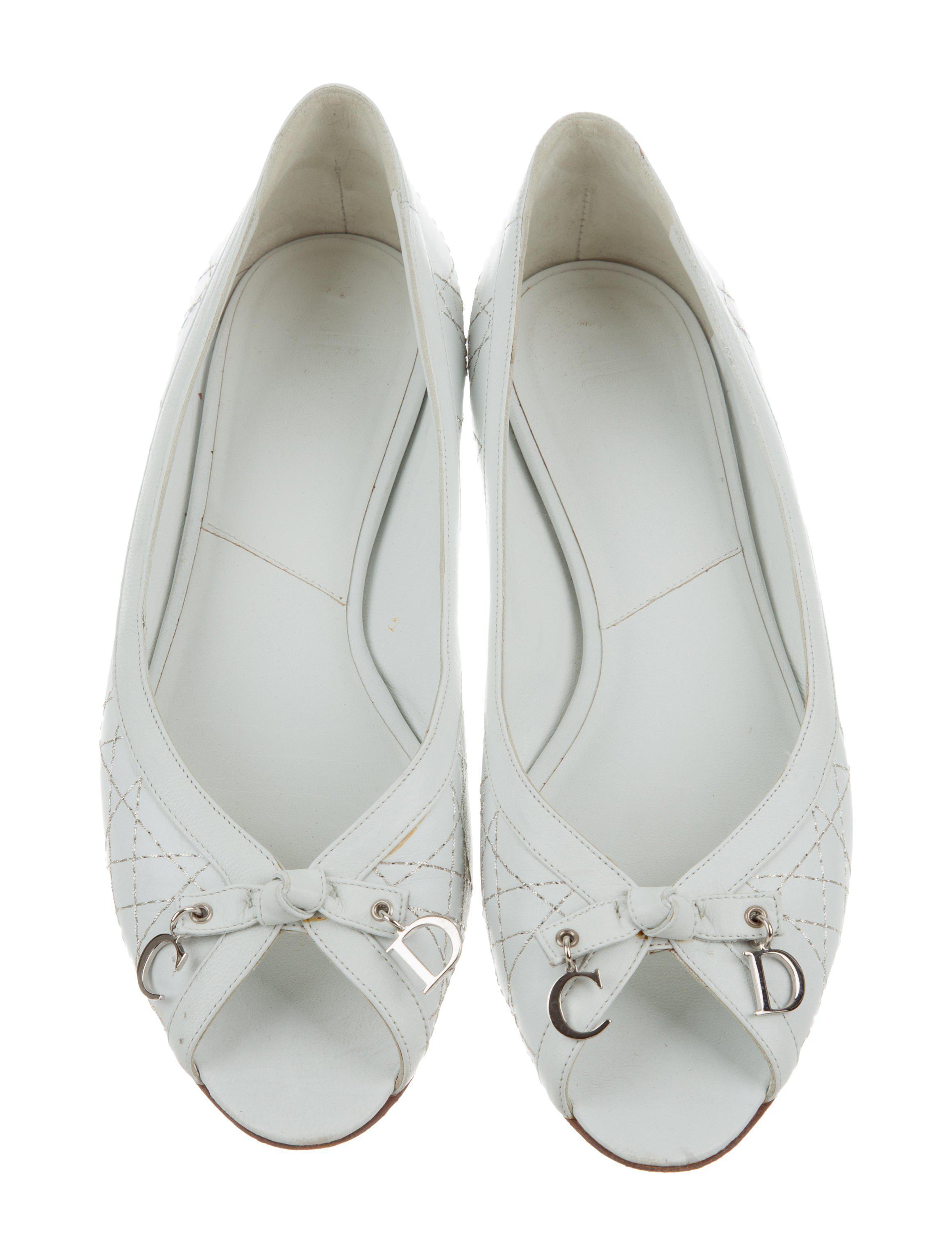 93c77535f7013c Lyst - Dior Cannage Peep-toe Flats White in Metallic