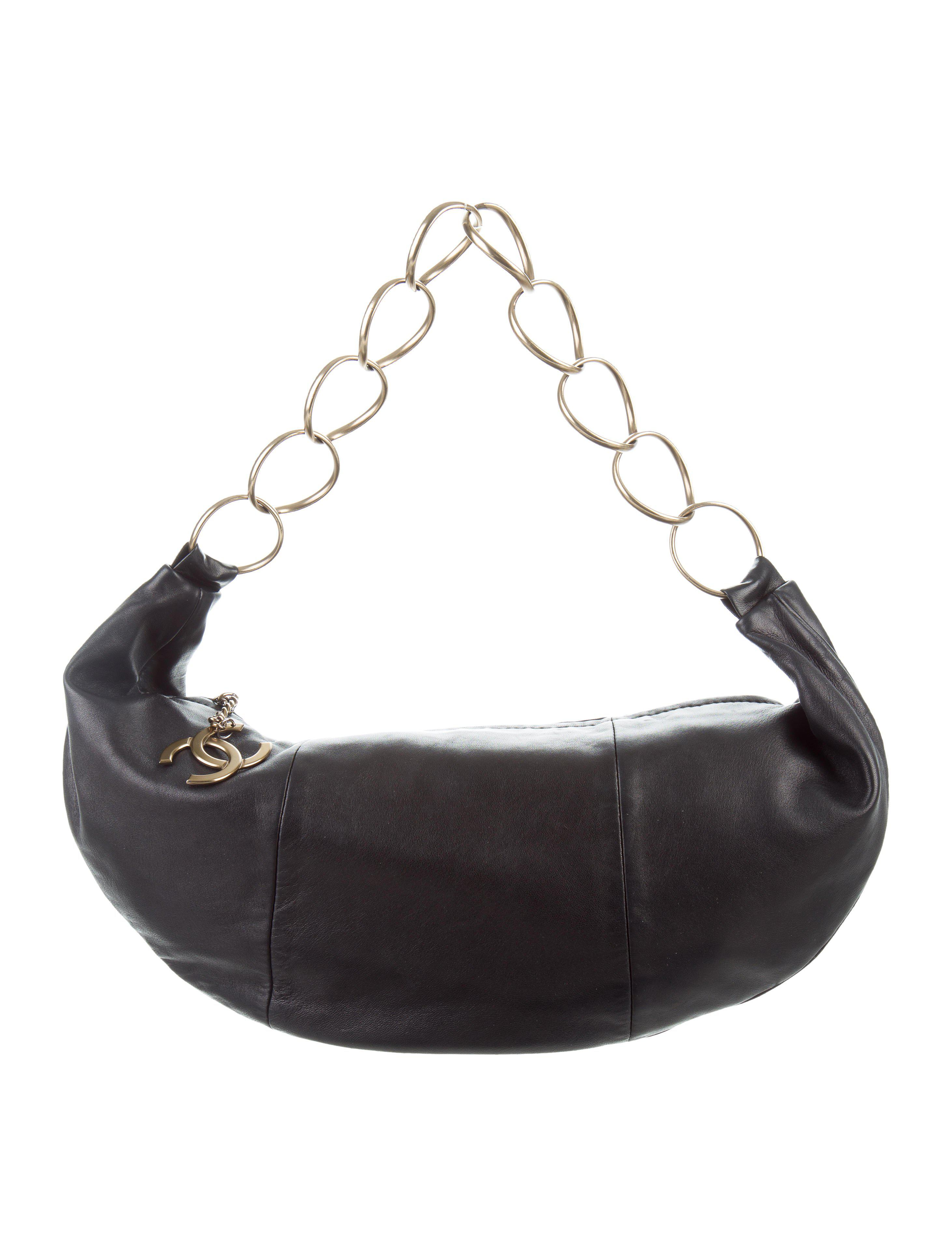 e05ded8cce8a Lyst - Chanel Vintage Nappa Chain Hobo Black in Metallic