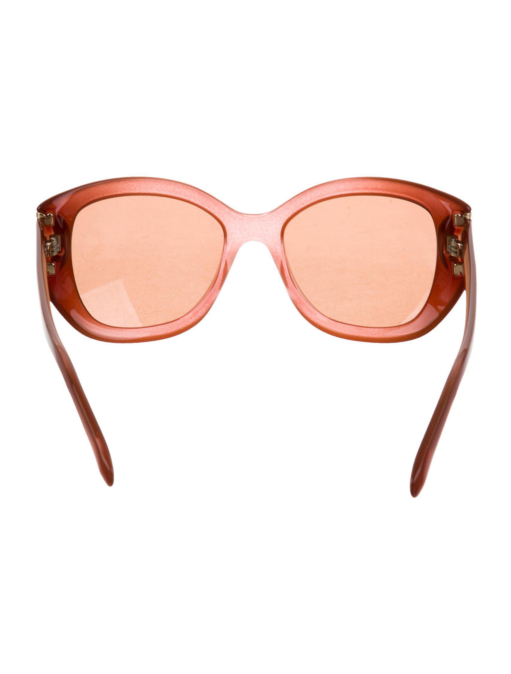 ebfb1c0a80a1 Lyst - Ferragamo Cat-eye Tinted Sunglasses W  Tags Orange