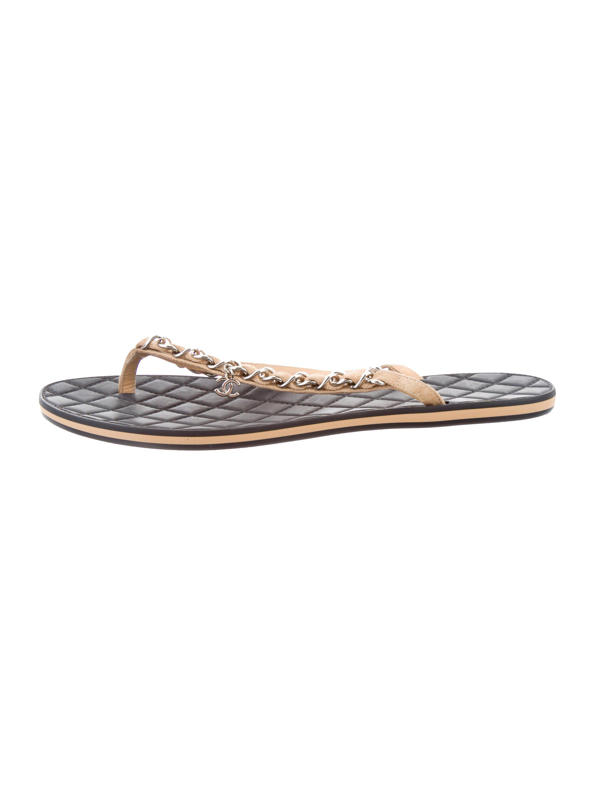92efb10a1a4a85 Lyst - Chanel Chain-link Thong Sandals Beige in Natural