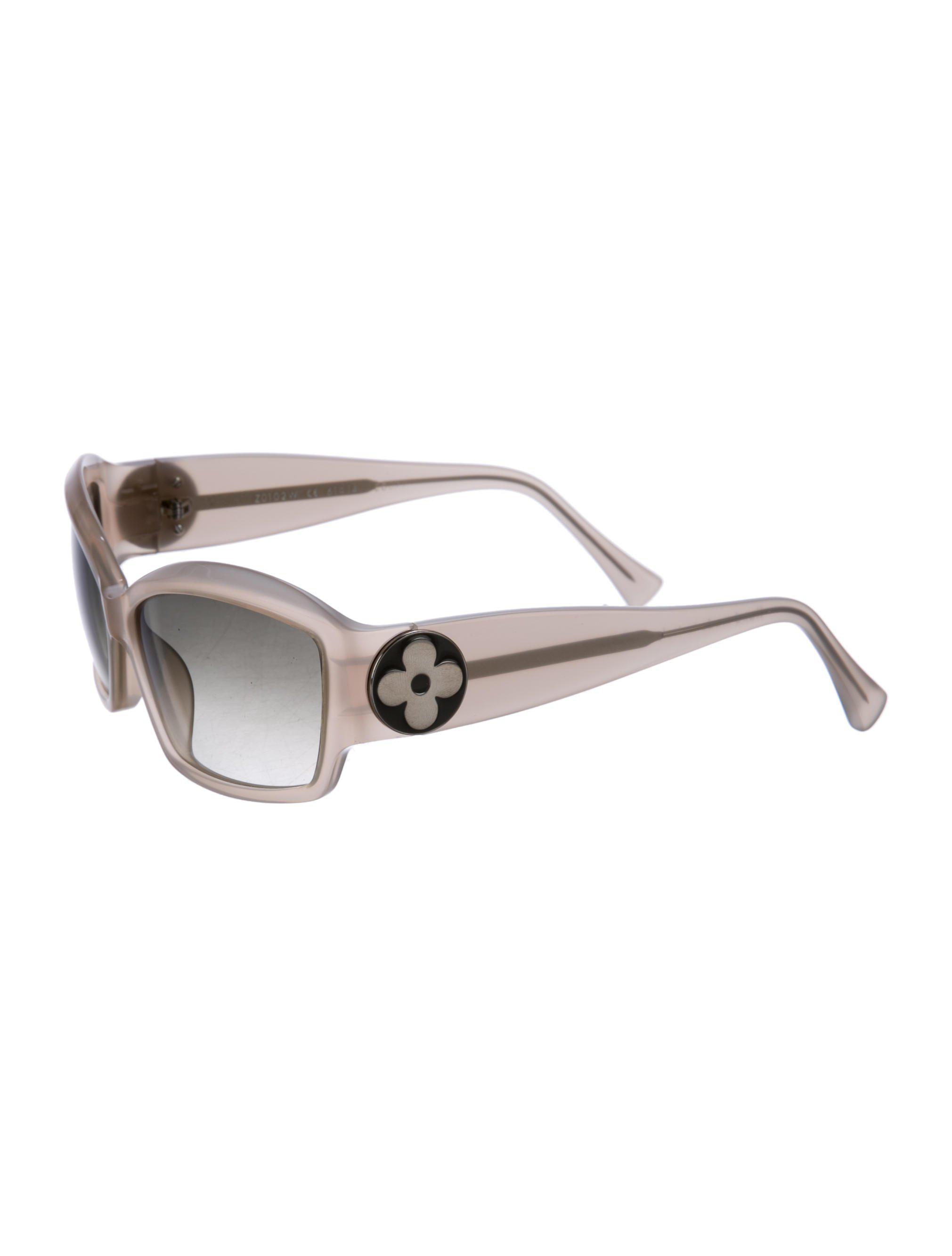f377a5a77d11 Lyst - Louis Vuitton Ursula Gradient Sunglasses Neutrals in Natural