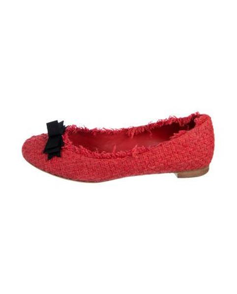 11717fbbb9f4 Lyst - Chanel Tweed Round-toe Flats Coral in Red