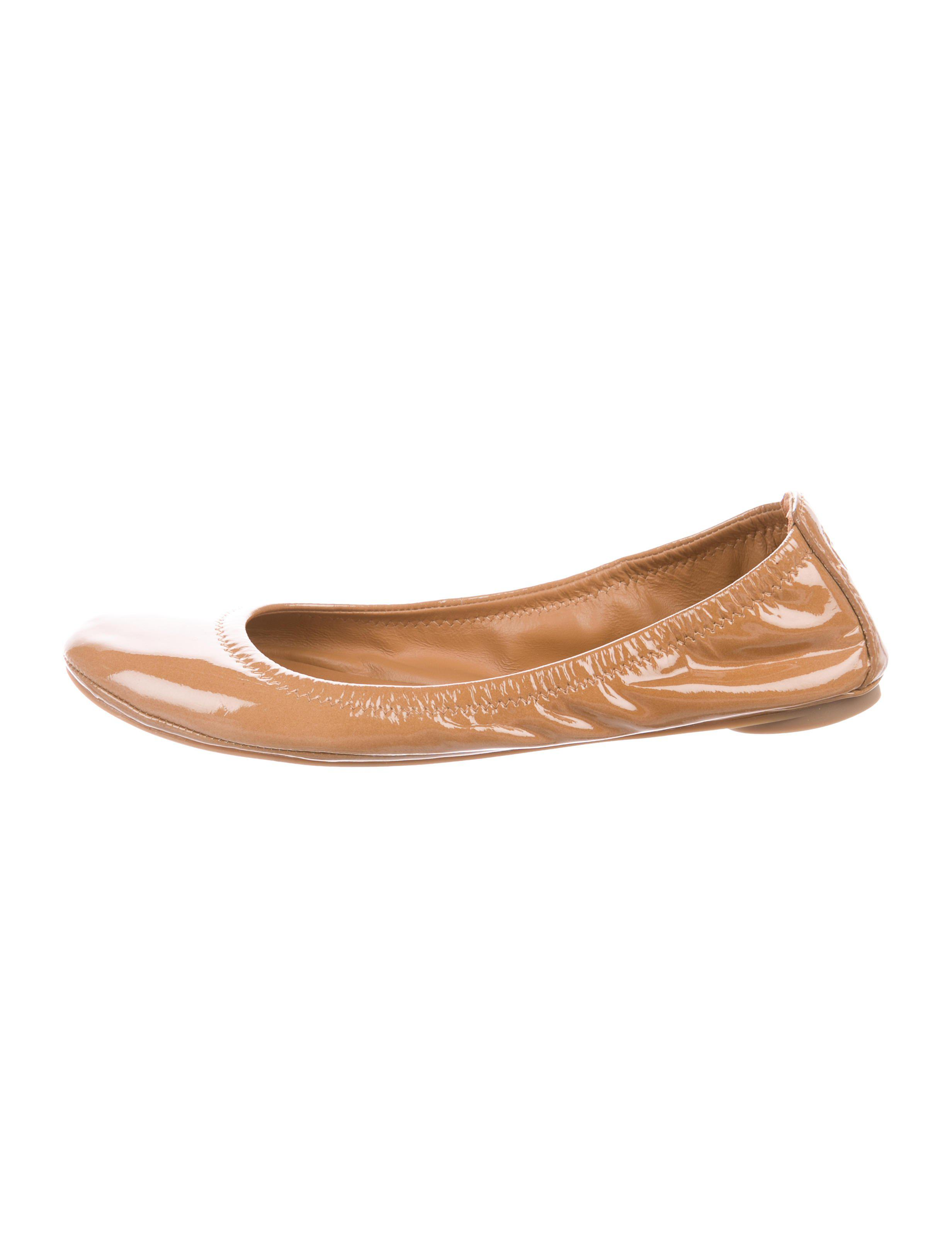 b50d6b5af850 Lyst - Tory Burch Patent Leather Ballet Flats Tan in Natural