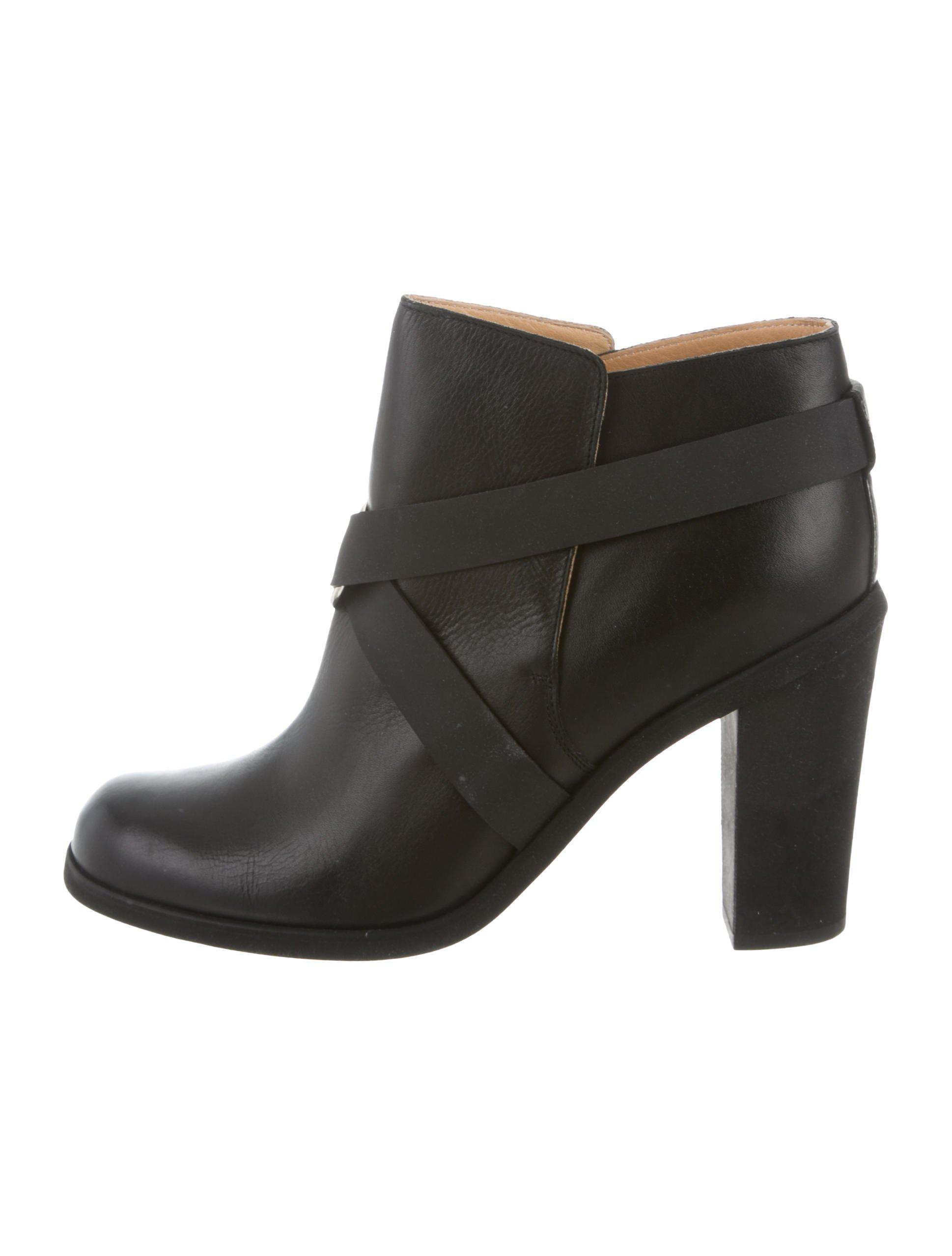 Maison Margiela Leather Round-Toe Booties w/ Tags discount original buy cheap for sale aPeGvRZqb