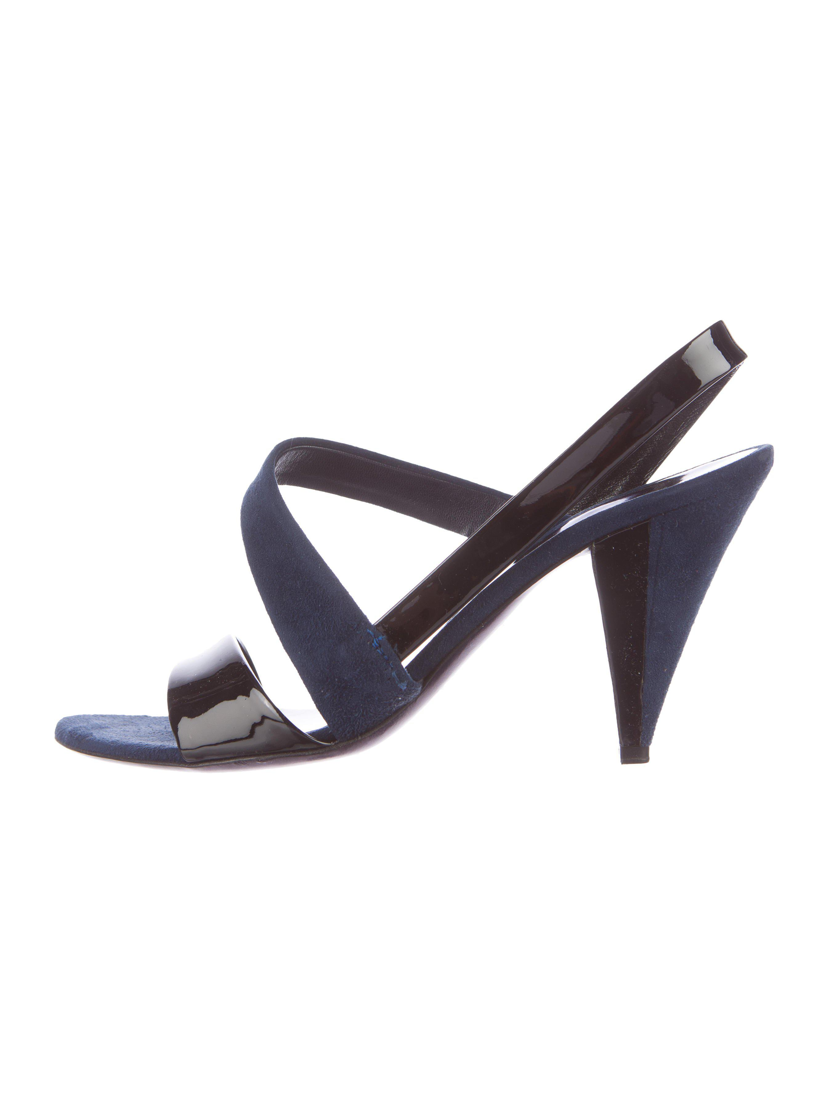 Miu Miu Suede & Patent Leather Sandals footlocker pictures discount low price buy cheap for sale clearance fashionable cheap manchester great sale Kx7DV9