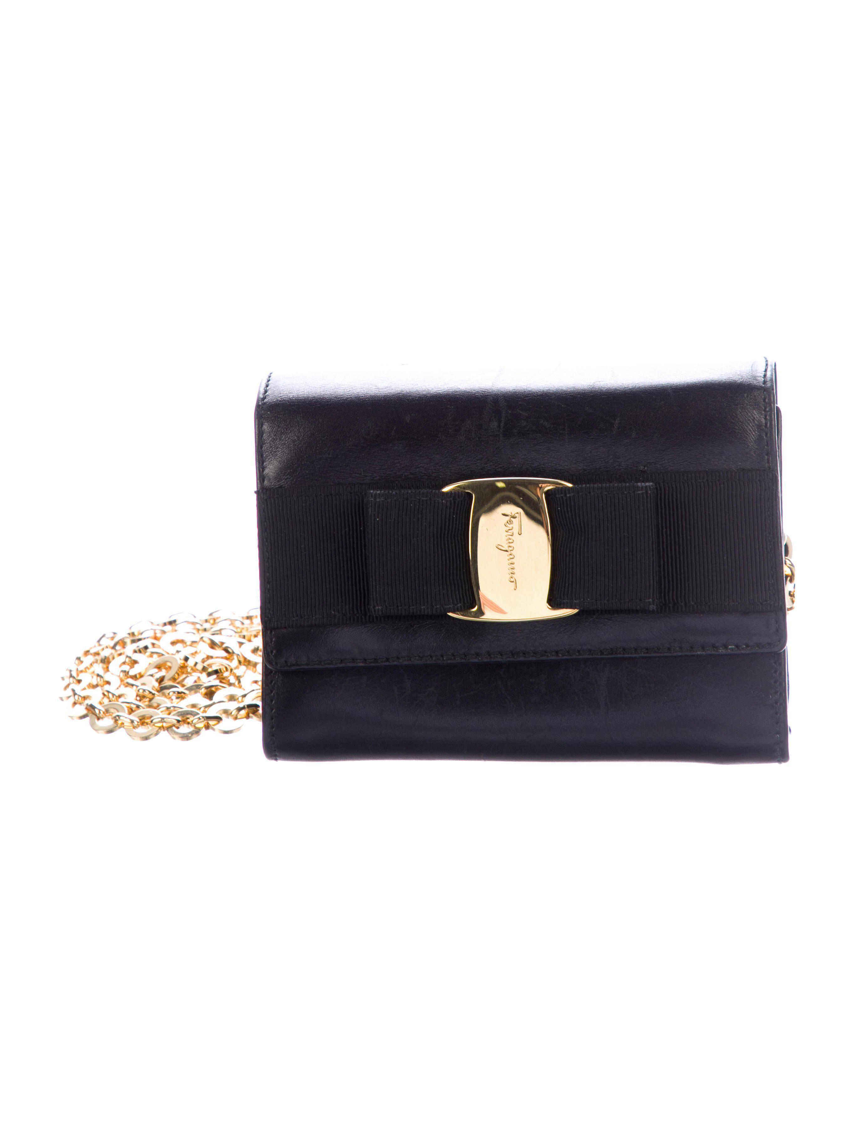00a10787ed72 Lyst - Ferragamo Mini Ginny Crossbody Bag Black in Metallic