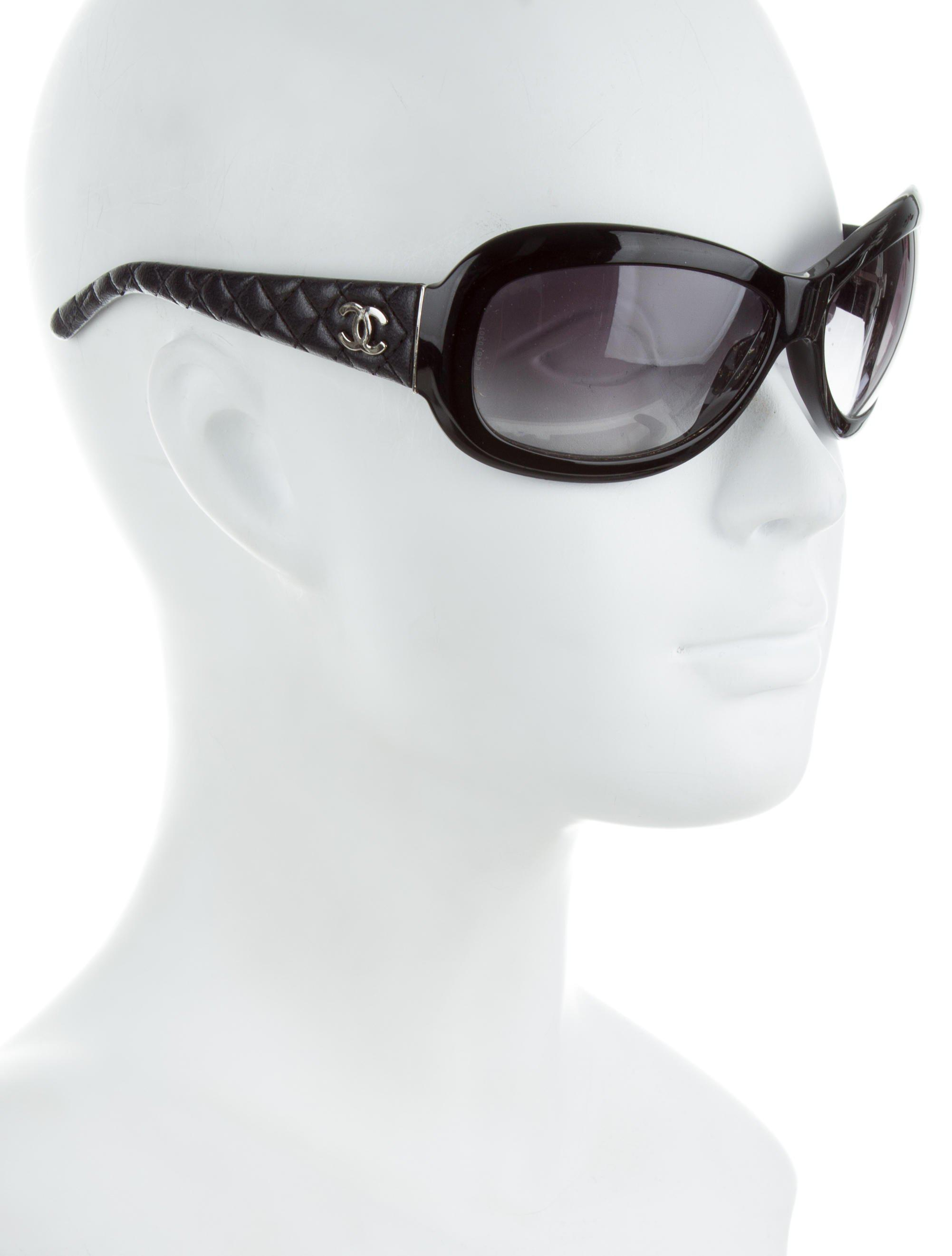 b10c25d90f9 Lyst - Chanel Quilted Cc Sunglasses Black in Metallic