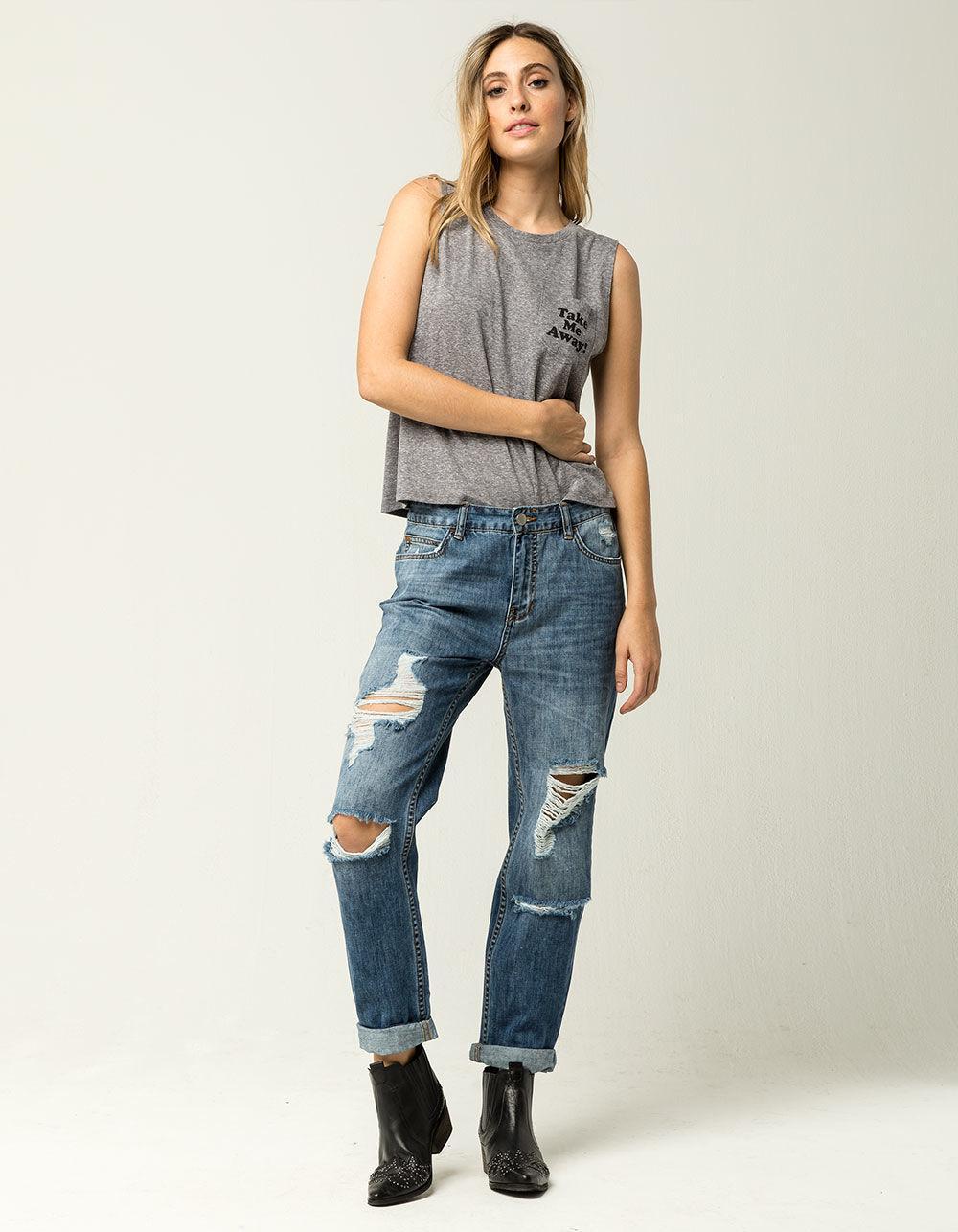 3 Ways to Style Boyfriend Jeans by Blair Staky   The Fox & She