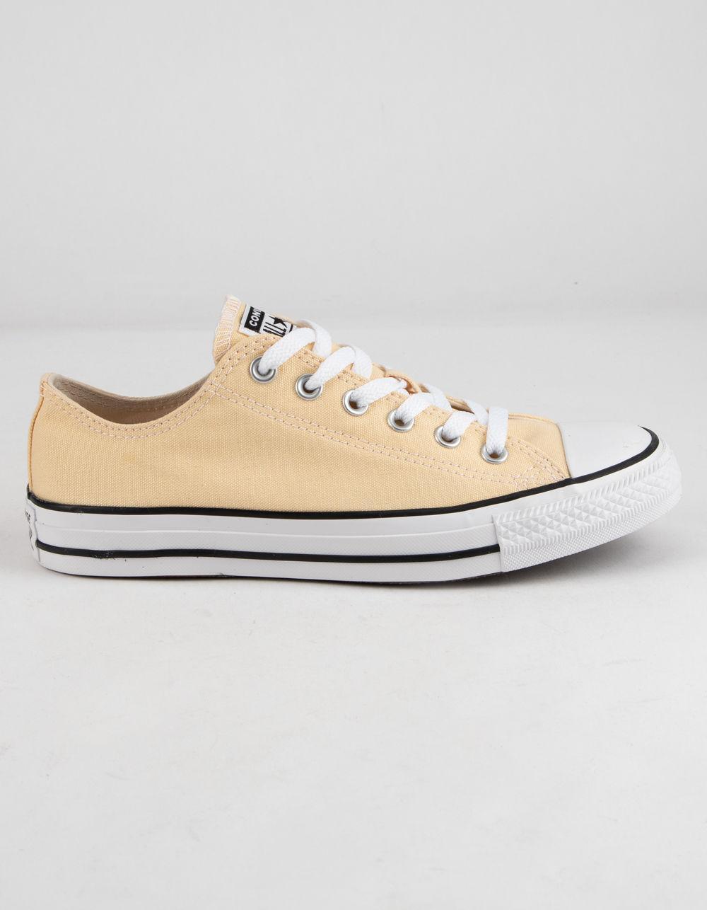 5bd15262bf8eee Lyst - Converse Chuck Taylor All Star Ox Seasonal Pale Vanilla Shoes