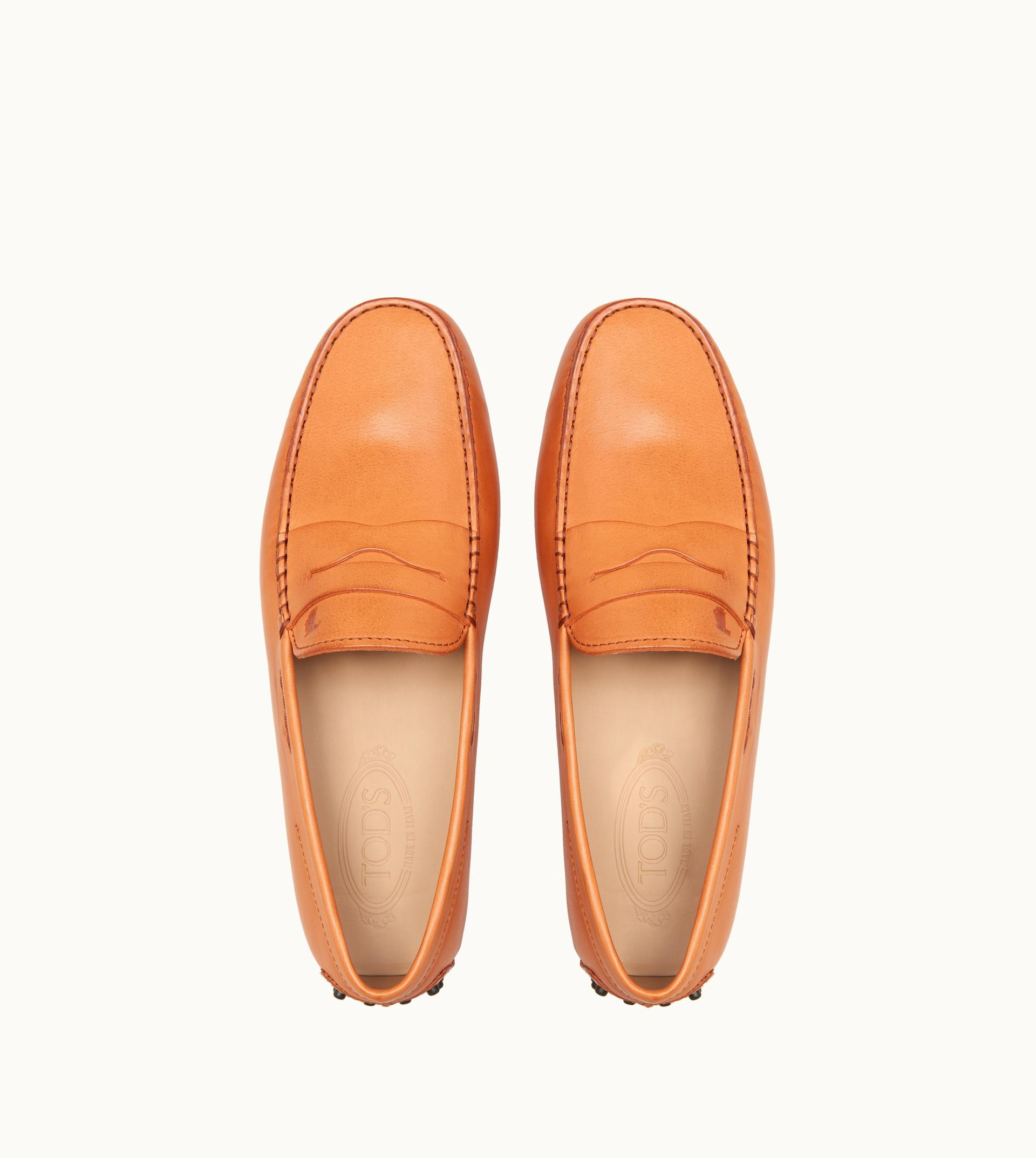 4d9cf42fe2c Tod s - Orange Gommino Driving Shoes In Leather for Men - Lyst. View  fullscreen
