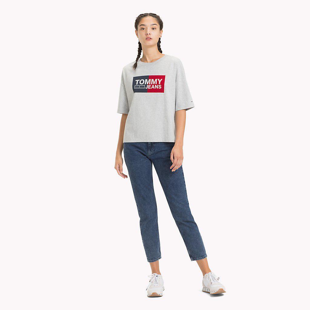b59da8fa Tommy Hilfiger - Gray Cropped Boxy Fit T-shirt - Lyst. View fullscreen