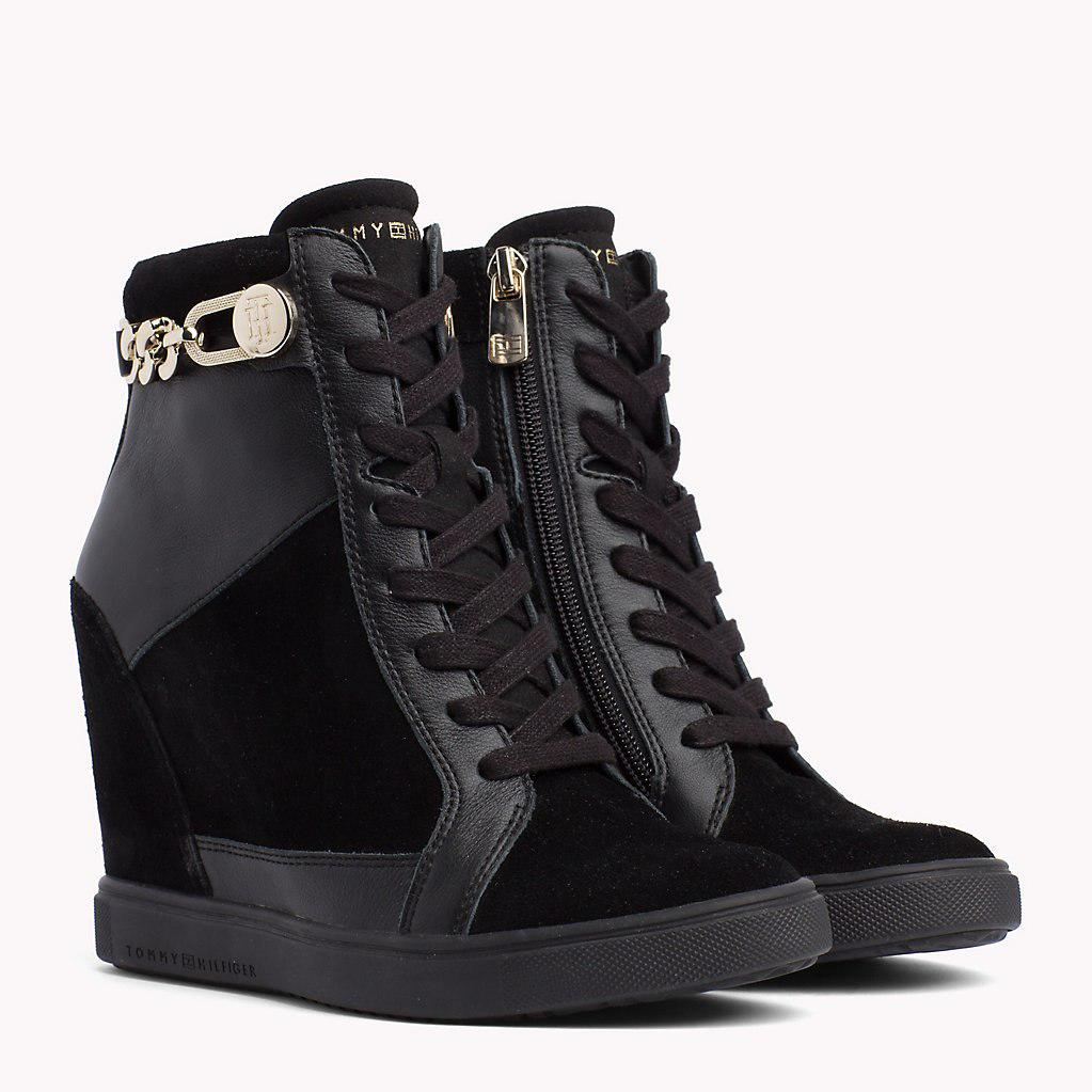 Tommy Hilfiger Leather Chain Wedge