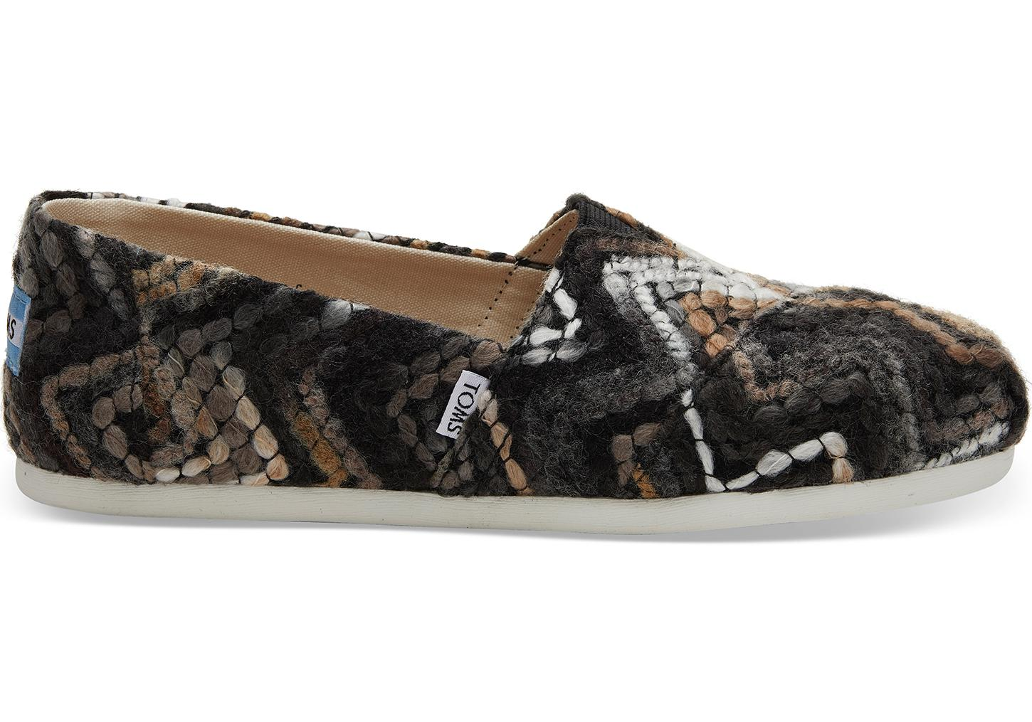 reputable site 61d3c b863b TOMS Black Mocha Heavy Chevron Women's Classics