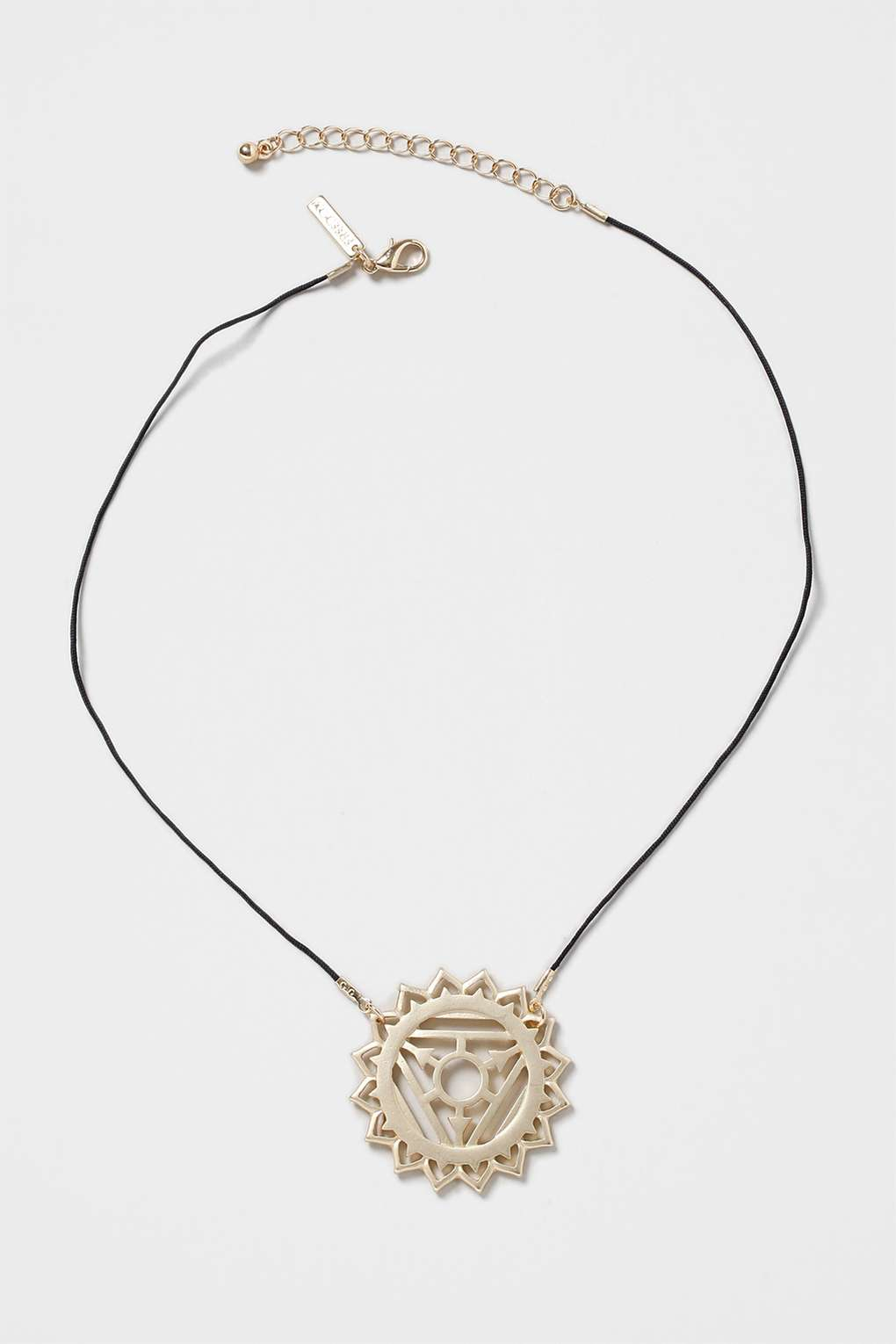 TOPSHOP Throat Chakra Ditsy Necklace in Gold (Metallic)
