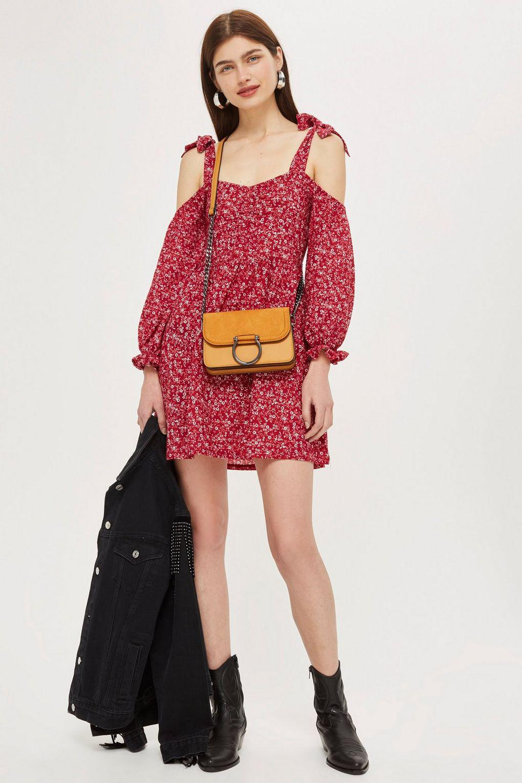 093cb8fe8a1 Lyst - TOPSHOP Ditsy Ruched Cold Shoulder Skater Dress in Red