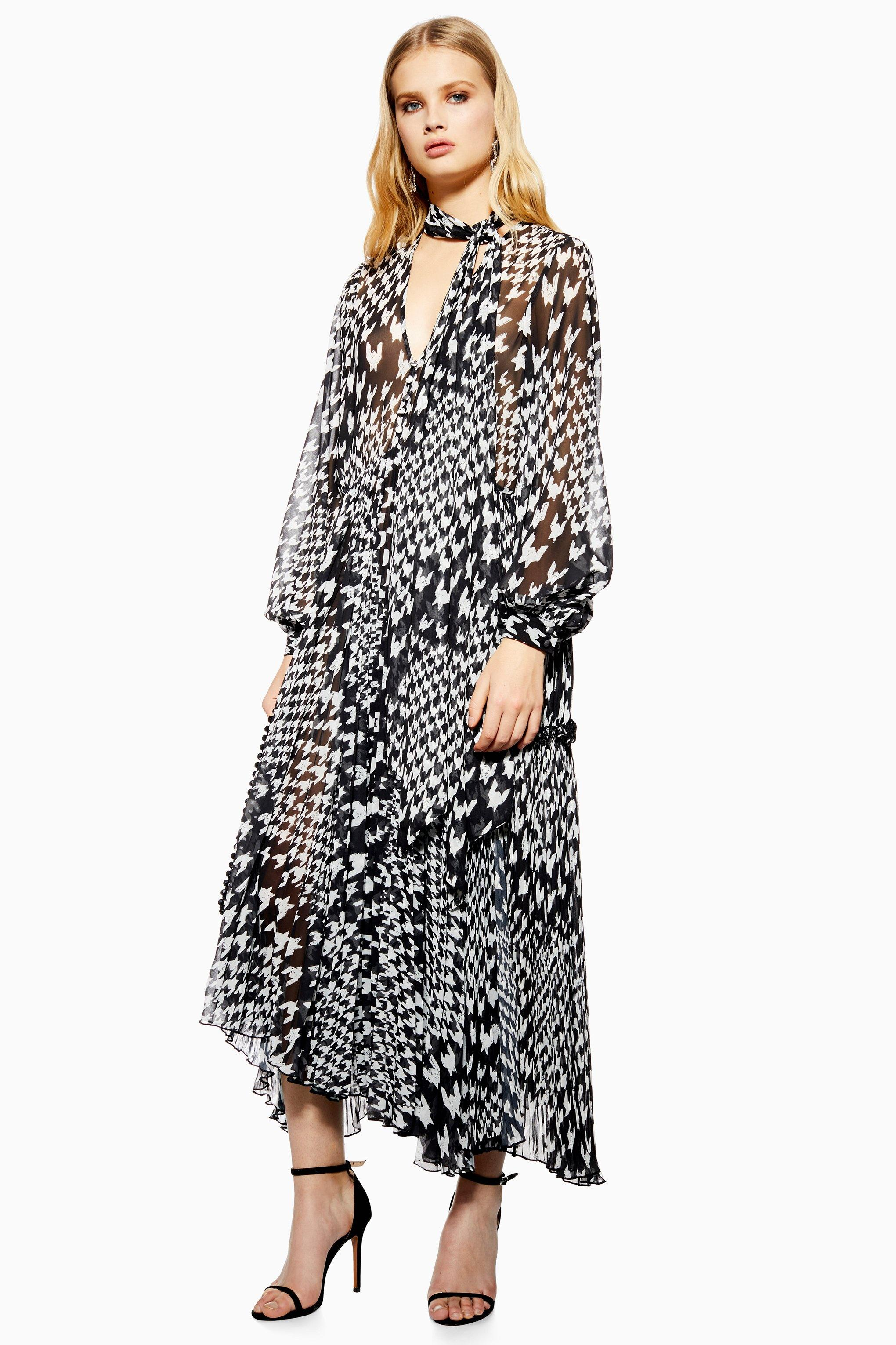 1b126e82335 Lyst - TOPSHOP Houndstooth Pleat Midi Skater Dress in Black - Save 7%