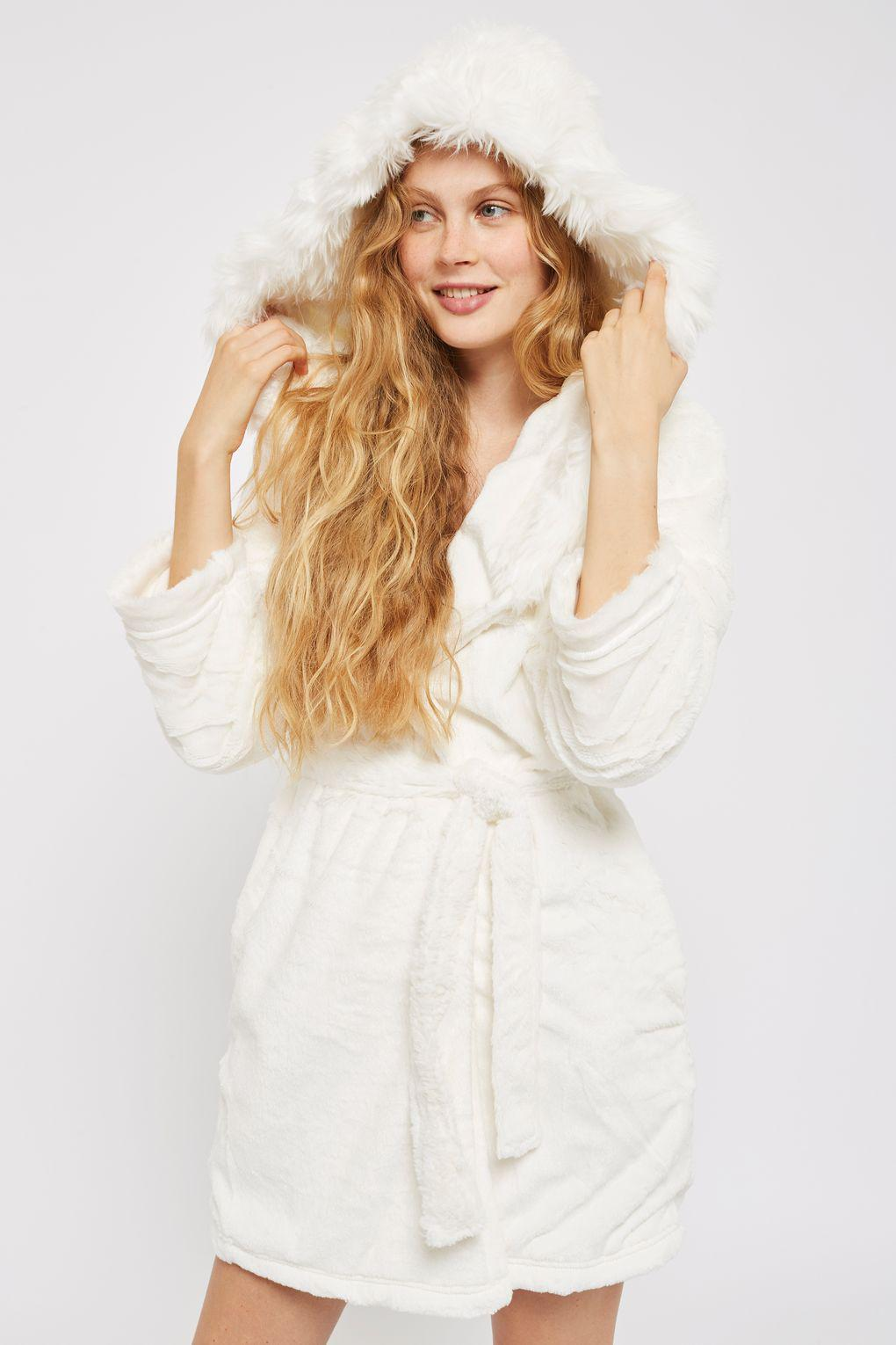 TOPSHOP Slinky Faux Fur Hooded Robe in Natural - Lyst 44087c8e3
