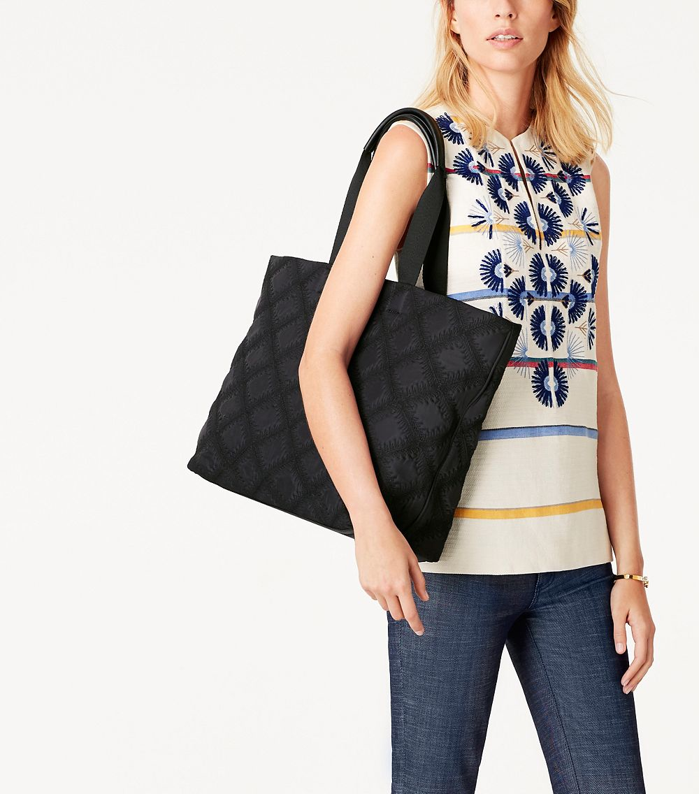 26607f543029 Lyst - Tory Burch Flame-quilt Tote in Black