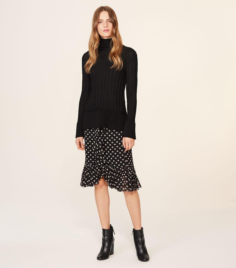 Lyst tory burch indie skirt in black for Tory burch fashion island