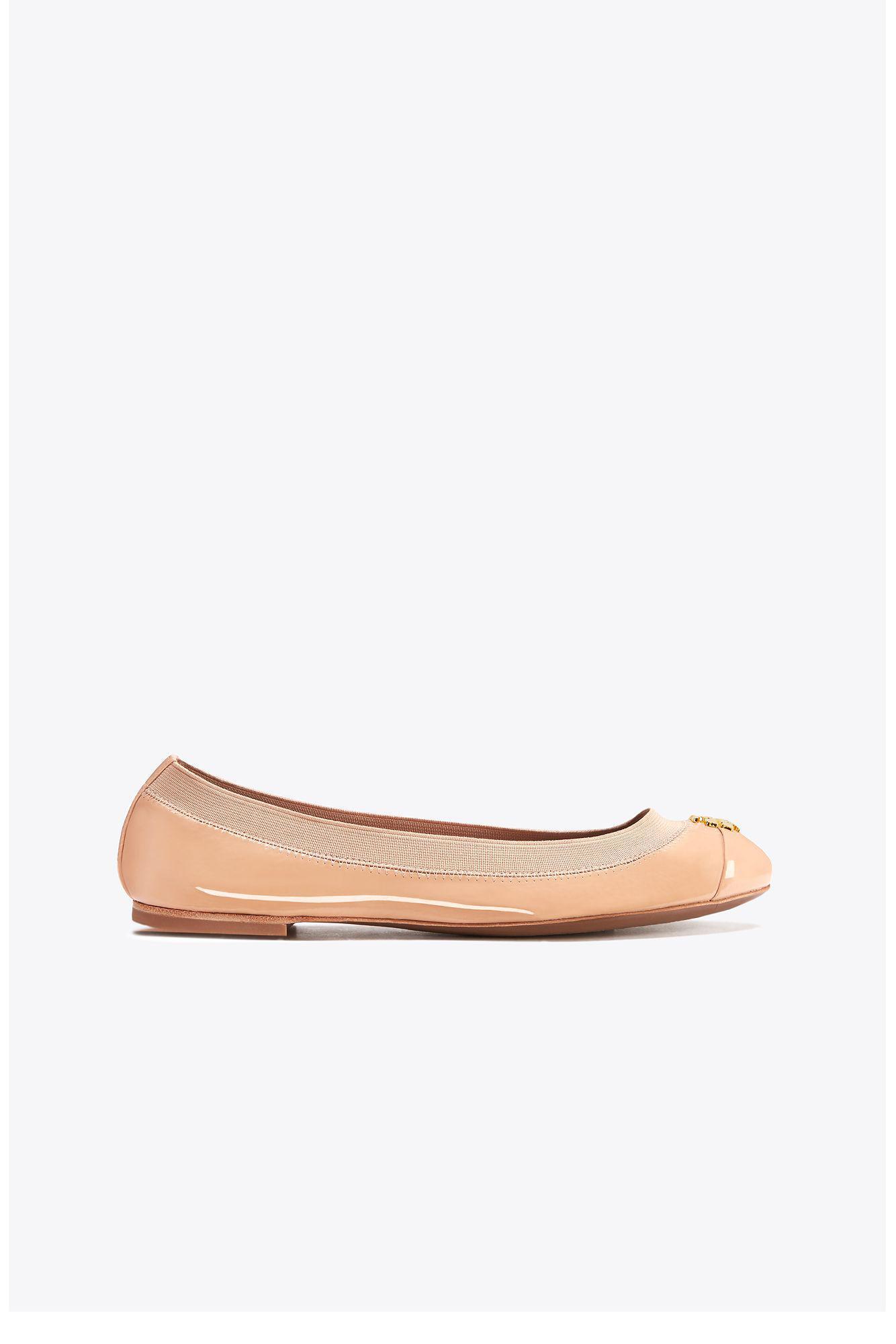 65aa349cb81 Lyst - Tory Burch Jolie Patent Ballet Flat in Gray