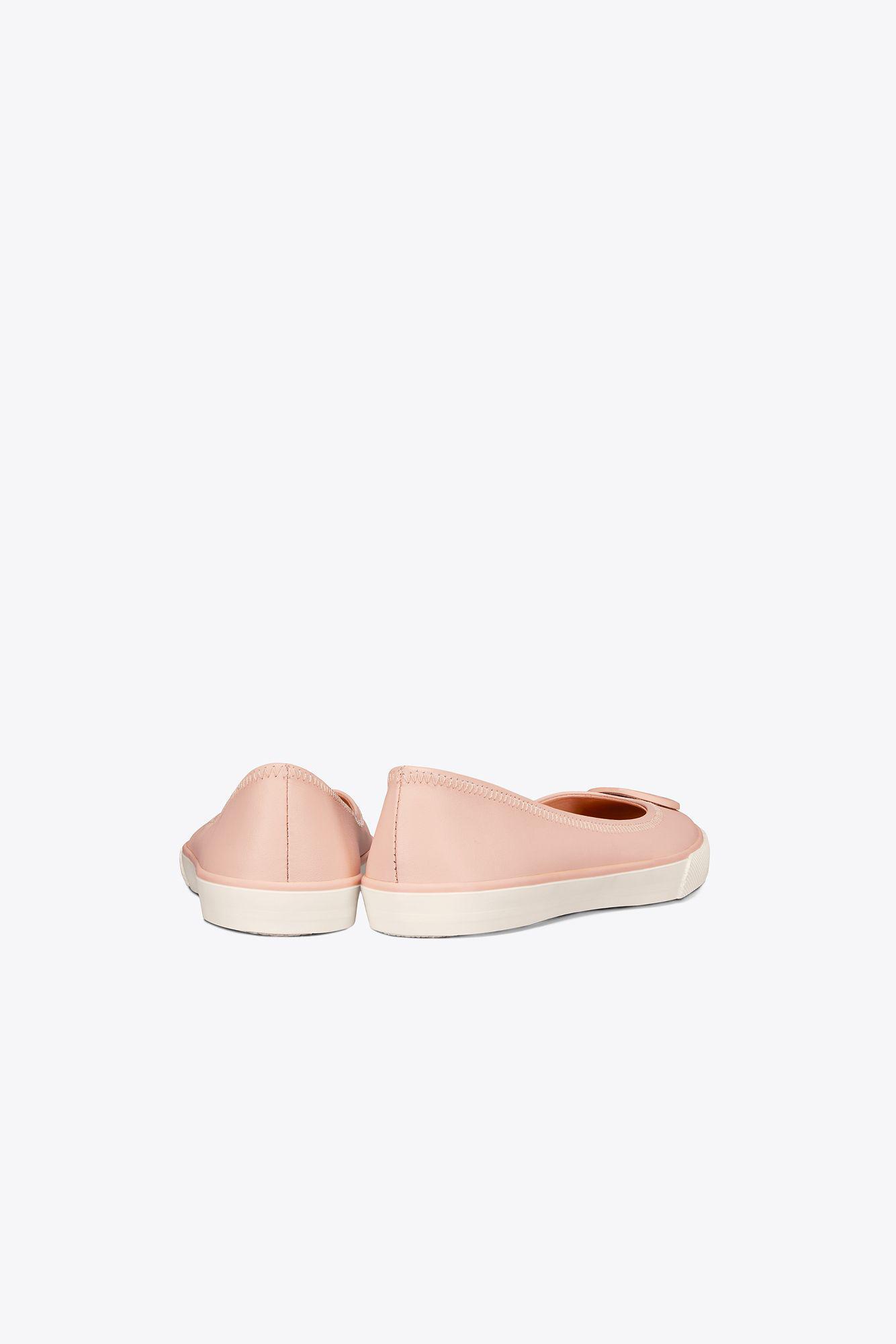 7bf327aa3df8 Lyst - Tory Burch Skylar Ballet Sneaker