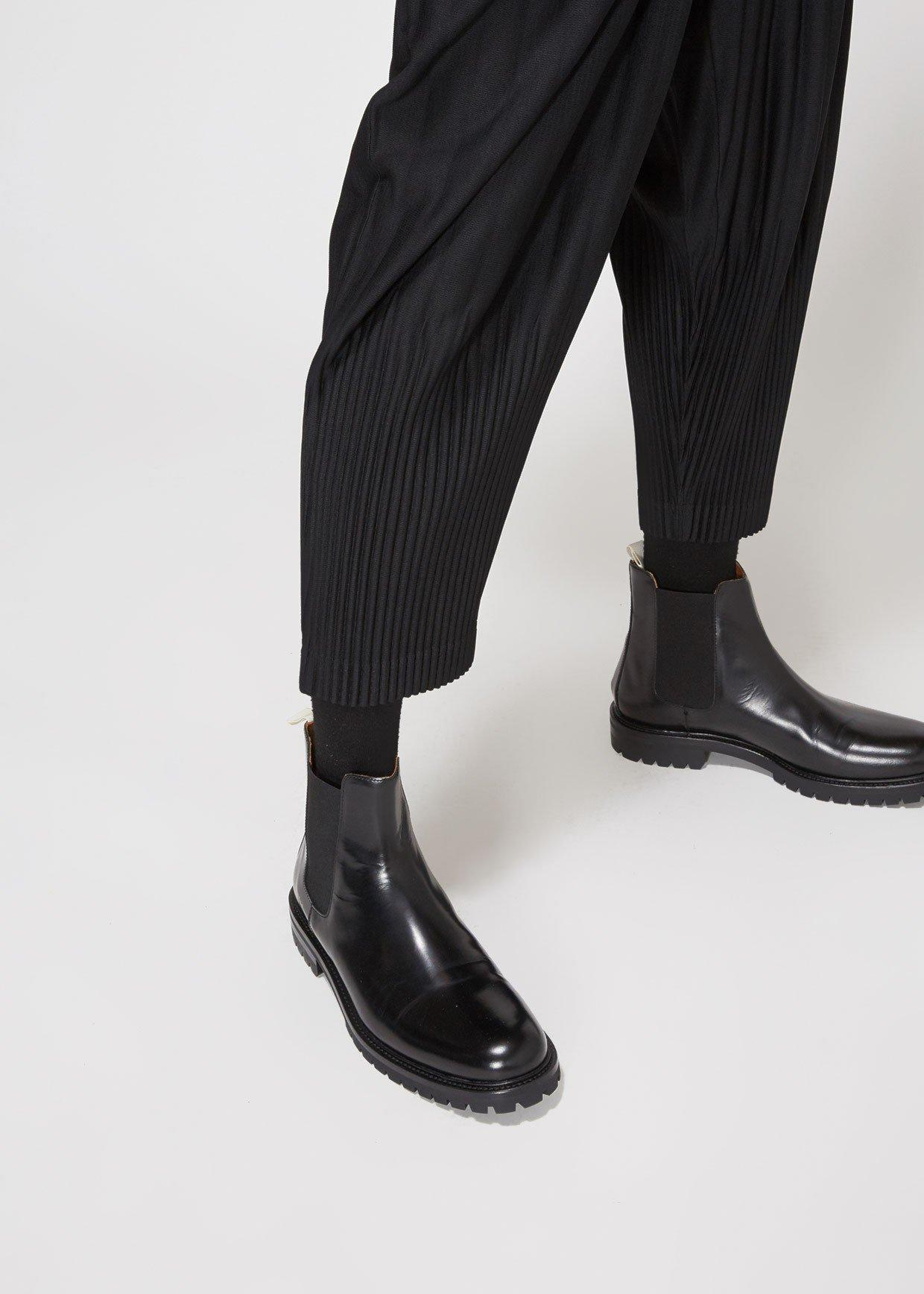 ad2732078 Homme Plissé Issey Miyake - Black Basics Pleated Tapered Trouser for Men -  Lyst. View fullscreen