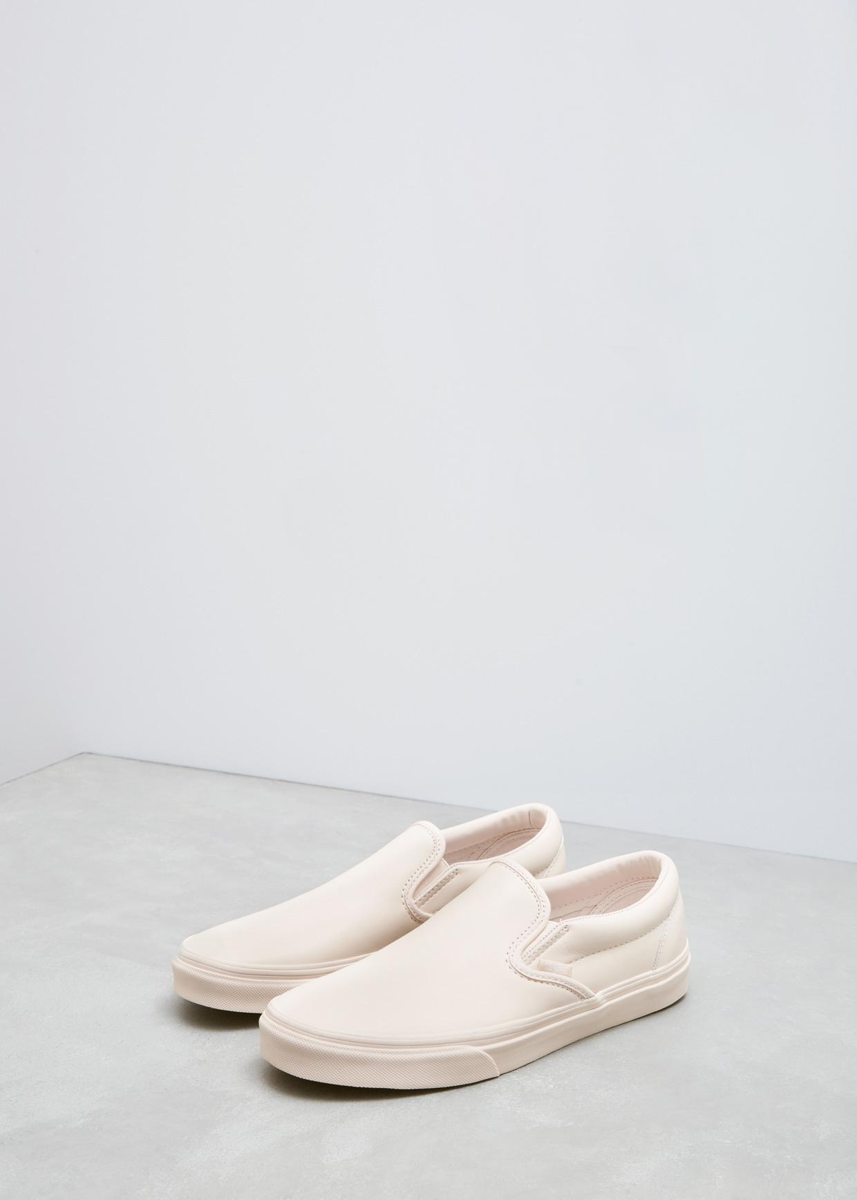 e04dd97f139 Lyst - Vans Whisper Pink Mono Leather Ua Classic Slip-on Dx in Pink
