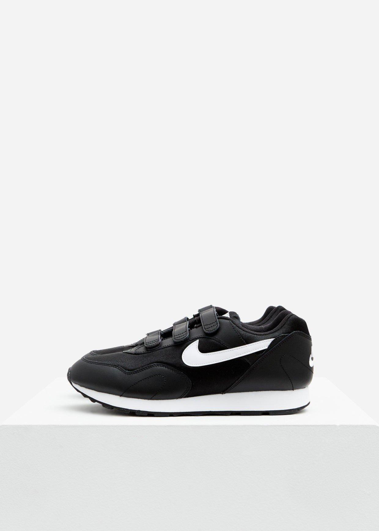 Nike Leather Outburst V in Black