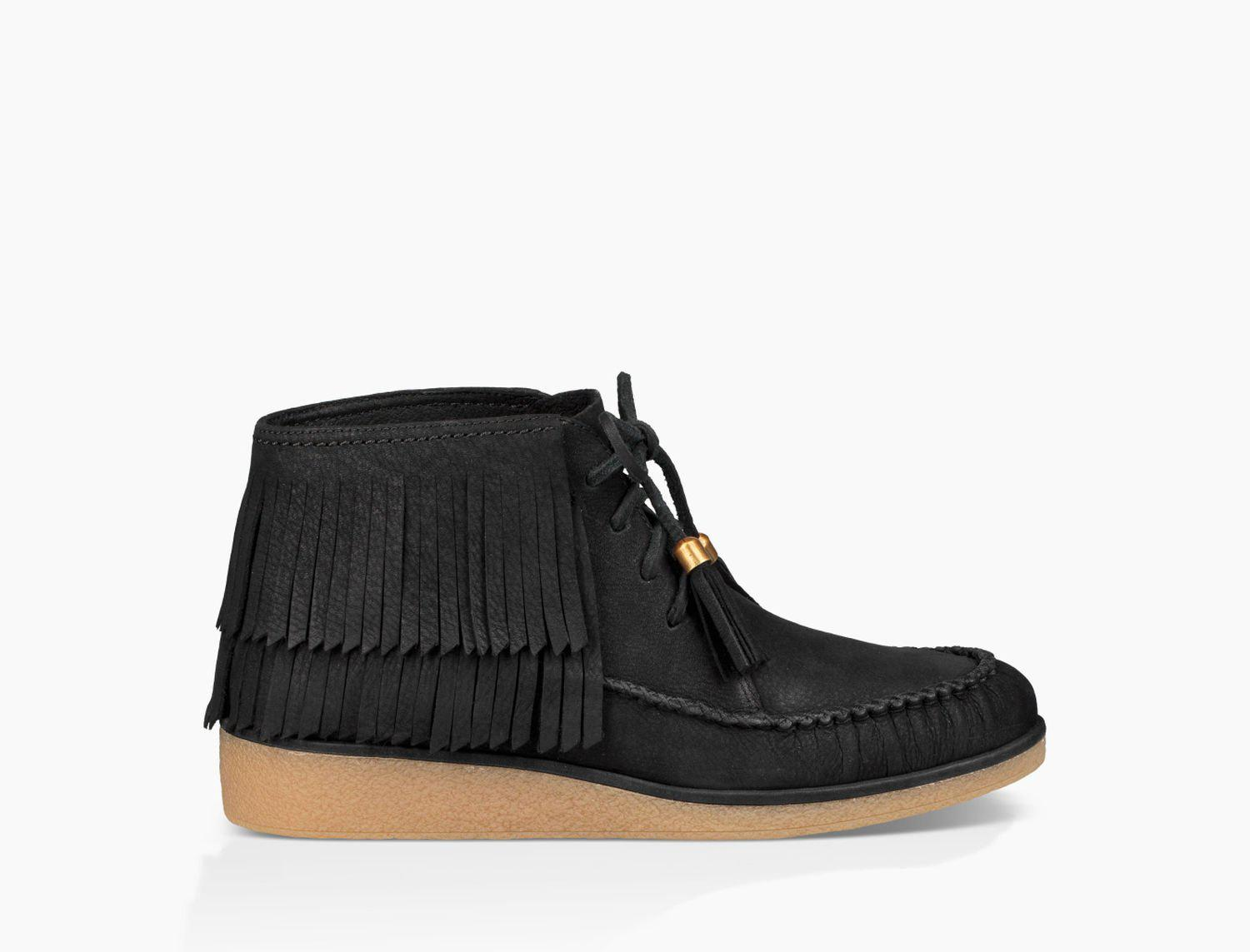UGG Caleb Leather Wedge Bootie a6Qt7S