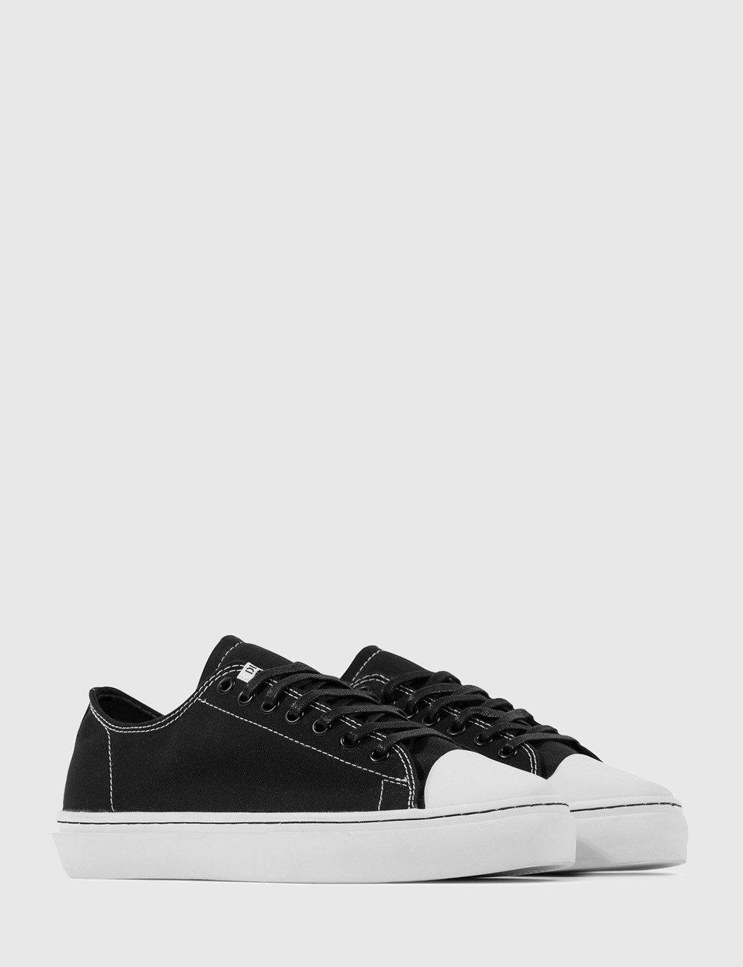 Clear Weather Sierks Low Trainers (canvas) in Black