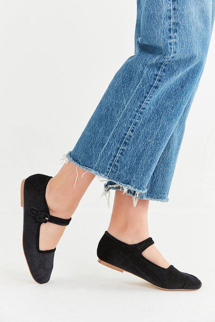 Urban Outfitters Uo Velvet Mary Jane Flat In Black Lyst