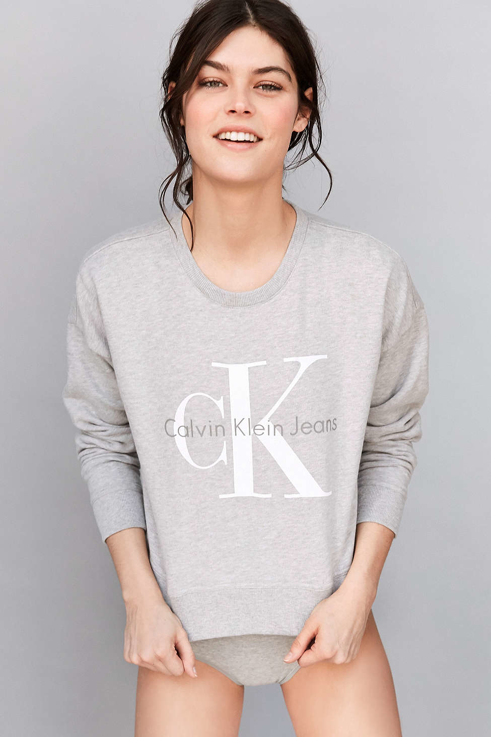 4698f8ae07 Calvin Klein Gray For Uo Cropped Pullover Sweatshirt