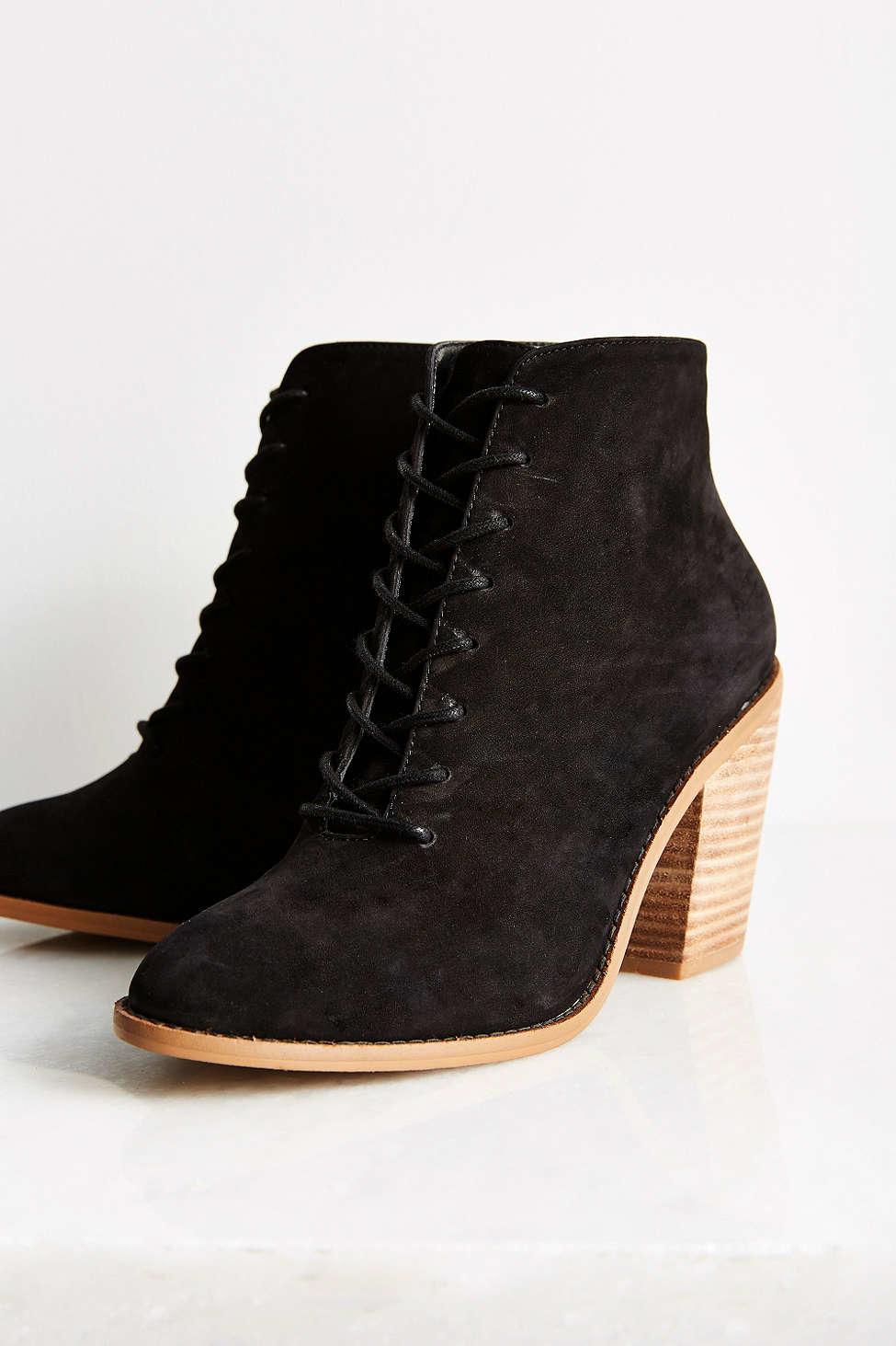 kelsi dagger jenson heeled desert boot in black