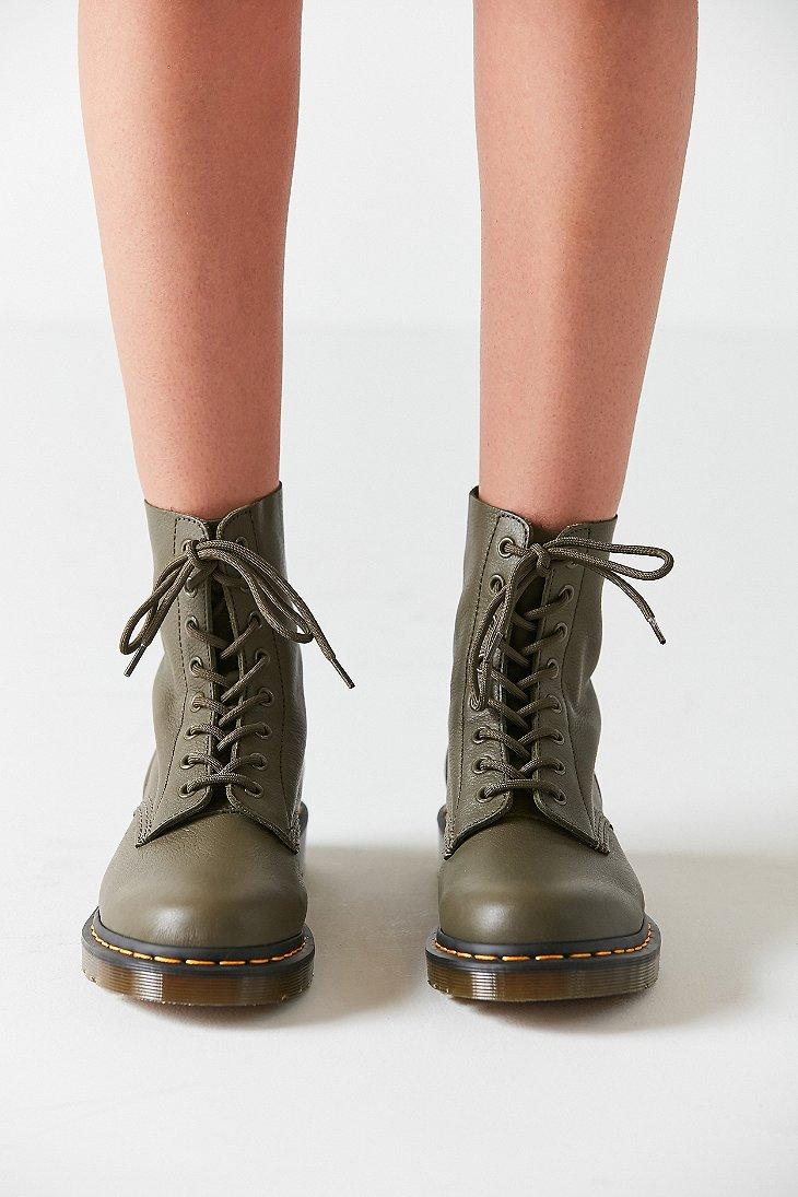 Dr. Martens Leather Pascal Virginia 8